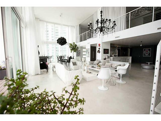 Condominium for Sale at Ten Museum Park 1040 Biscayne blvd. Unit 4602 Miami, Florida 33132 United States