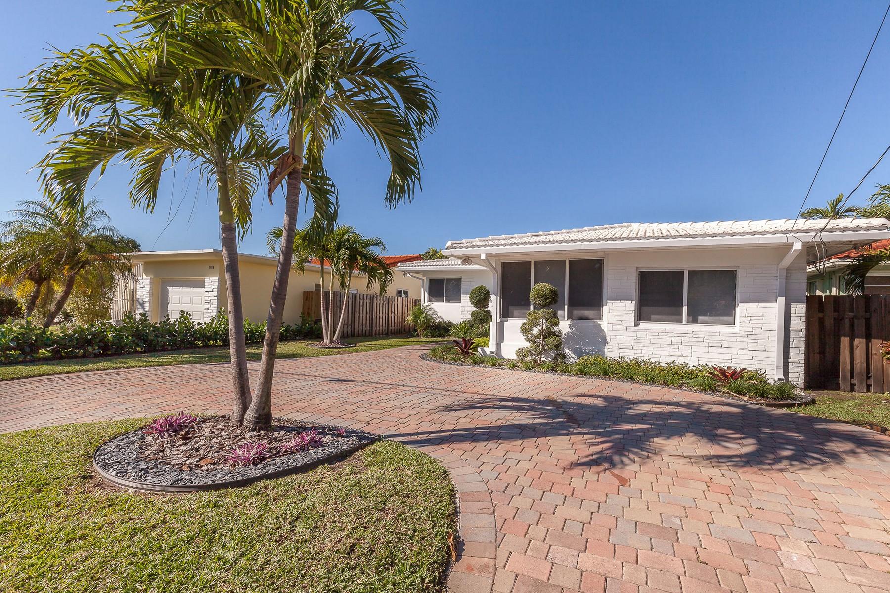 Maison unifamiliale pour l Vente à 9172 Abbott Ave 9172 Abbott Ave Miami Beach, Florida 33154 États-Unis