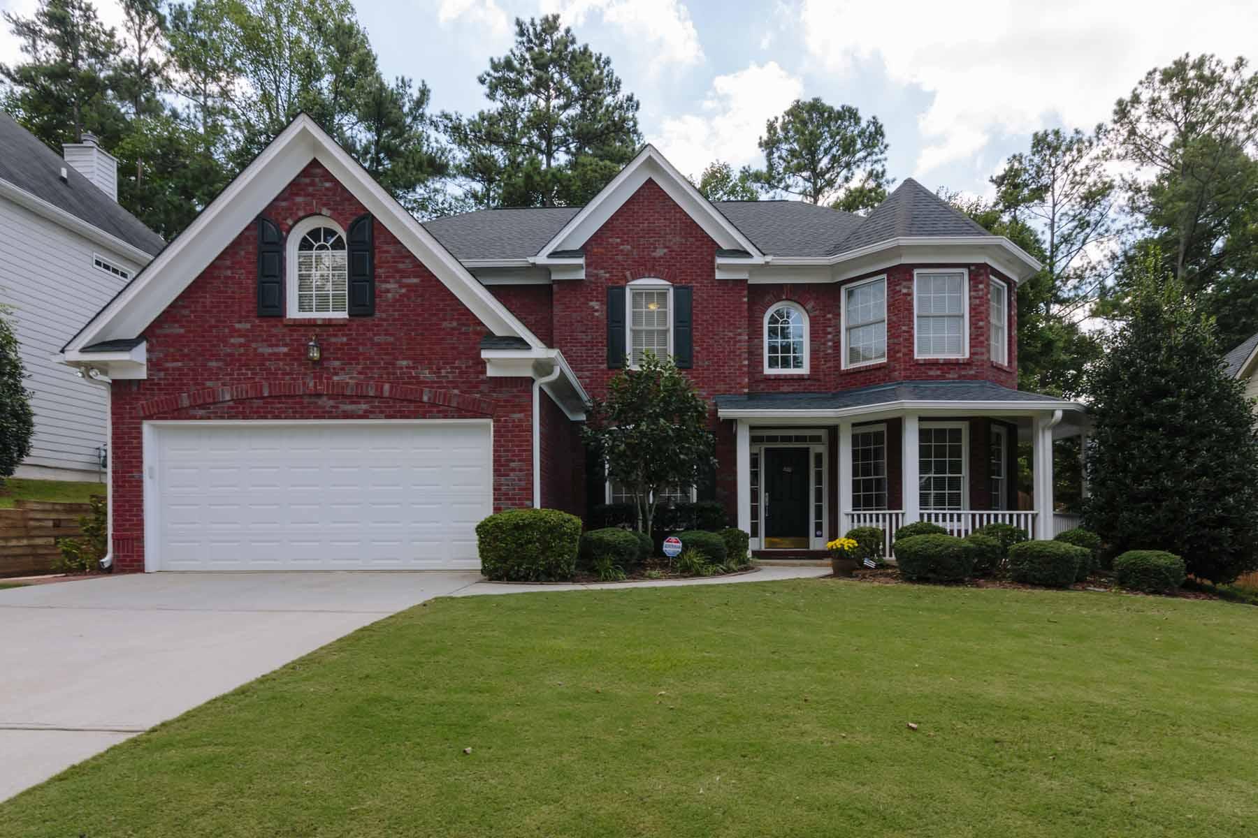 Villa per Vendita alle ore Spacious Four Bedroom Home With Recent Renovations 350 Park Creek Drive Alpharetta, Georgia 30005 Stati Uniti