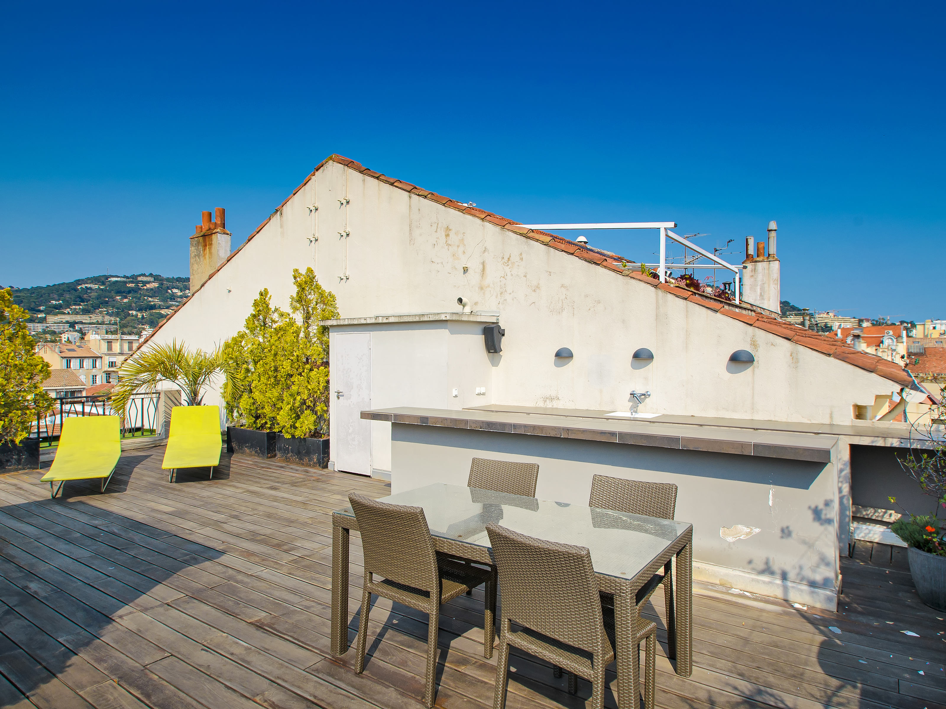 Condominium for Sale at Nice penthouse in the heart of Cannes Cannes, Provence-Alpes-Cote D'Azur 06400 France