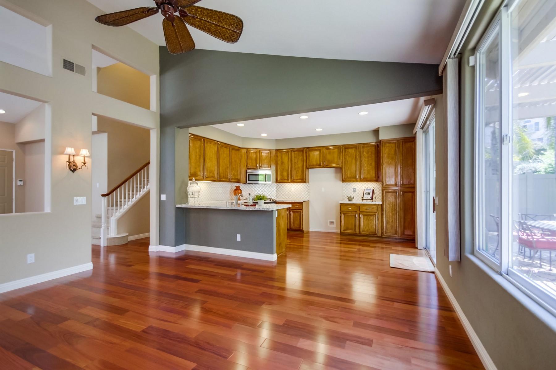Additional photo for property listing at 18741 Caminito Pasadero 91  San Diego, Californie 92128 États-Unis