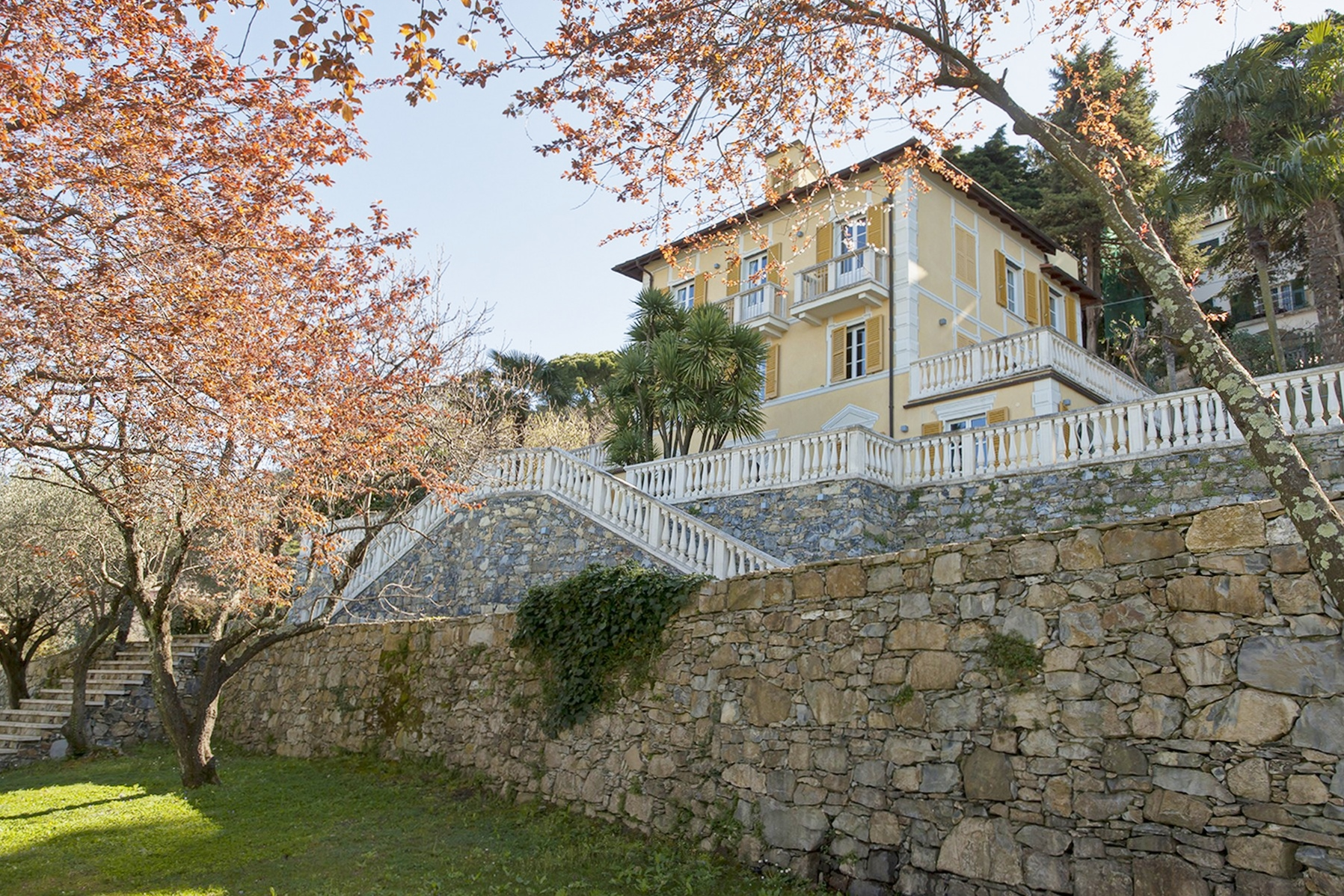 Property For Sale at Gorgeous seafront villa for rent