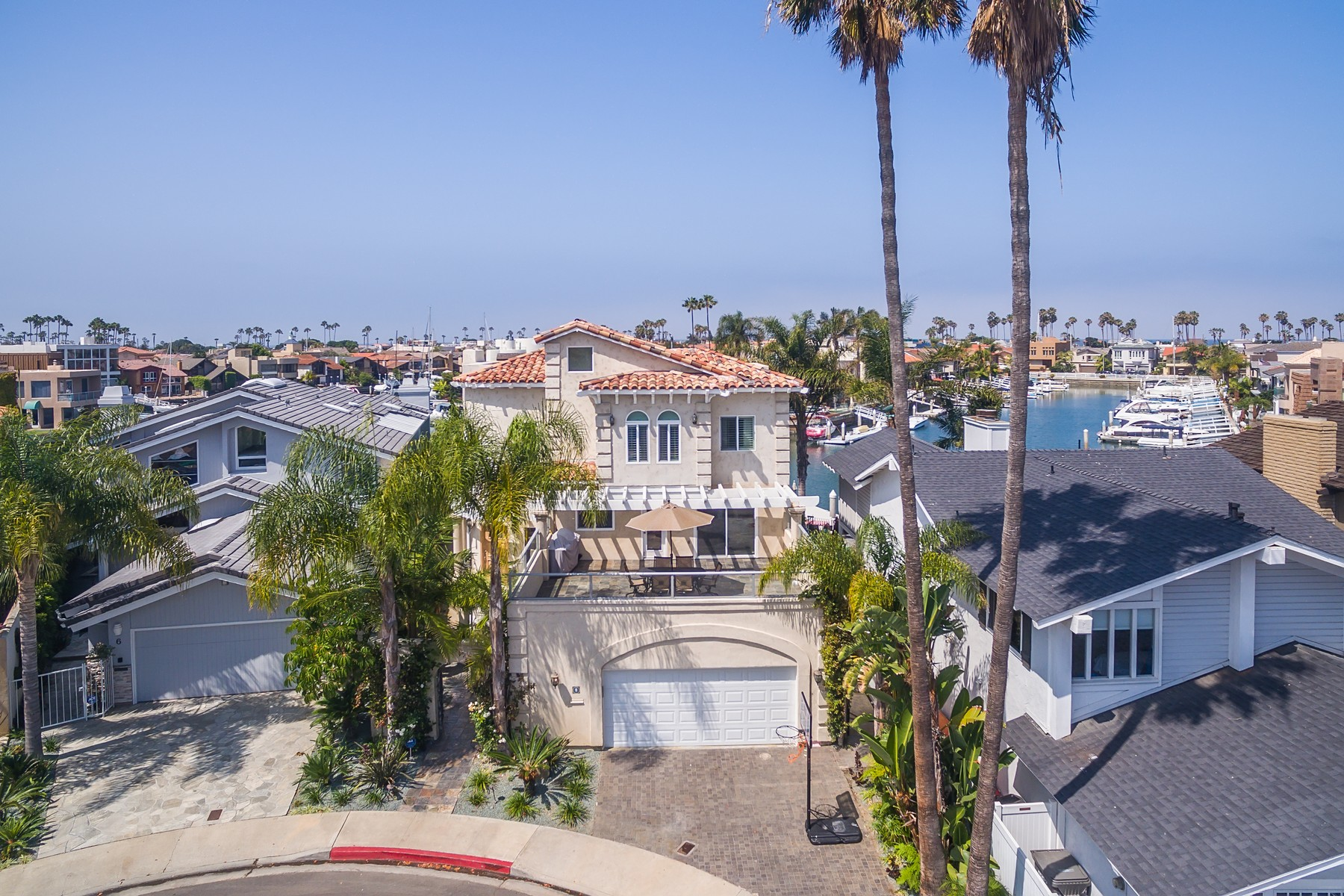 Single Family Home for Sale at 8 Sandpiper Strand Coronado, California 92118 United States