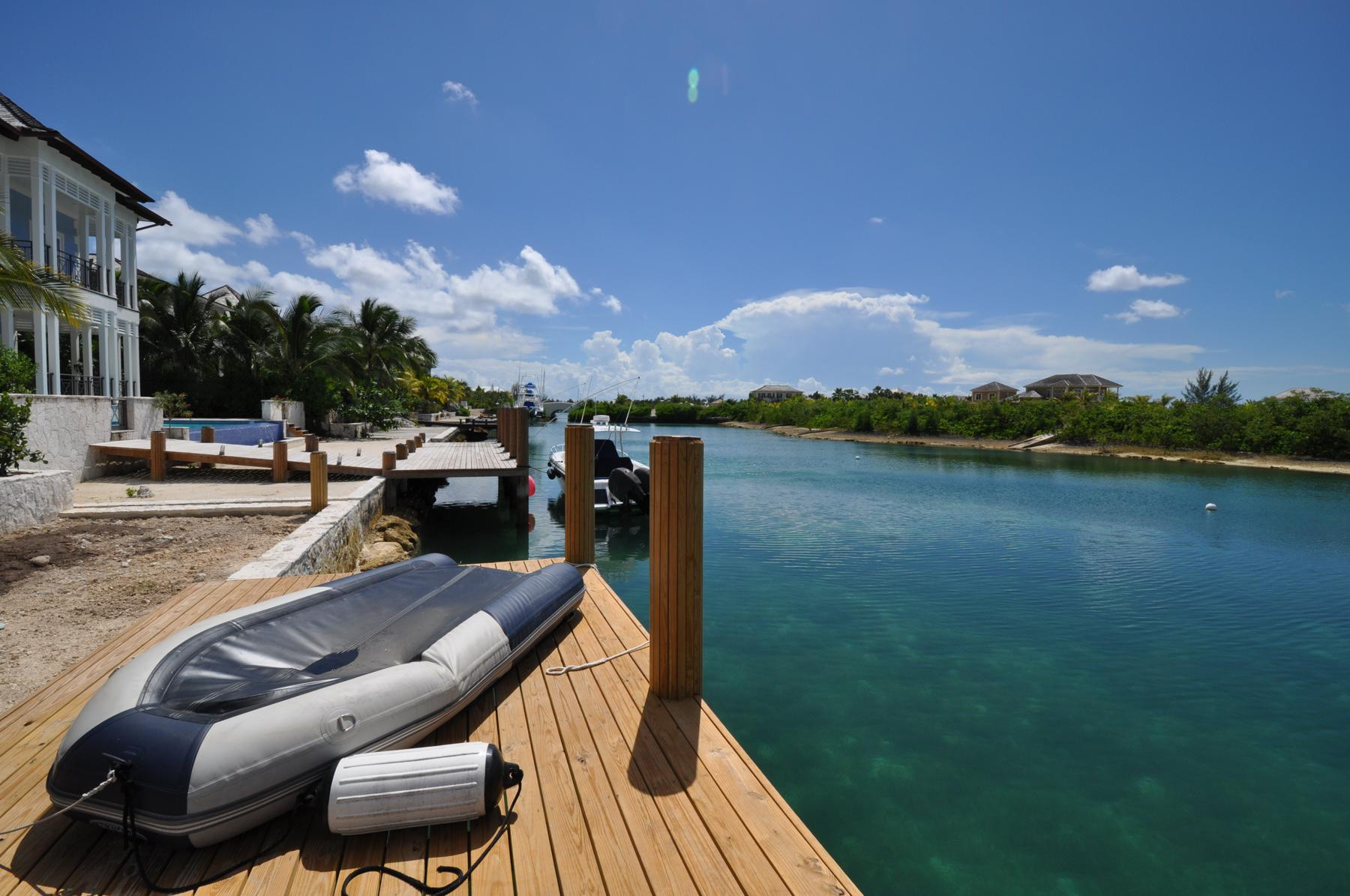 Additional photo for property listing at Charleston, Old Fort Bay Old Fort Bay, Nassau And Paradise Island Bahamas