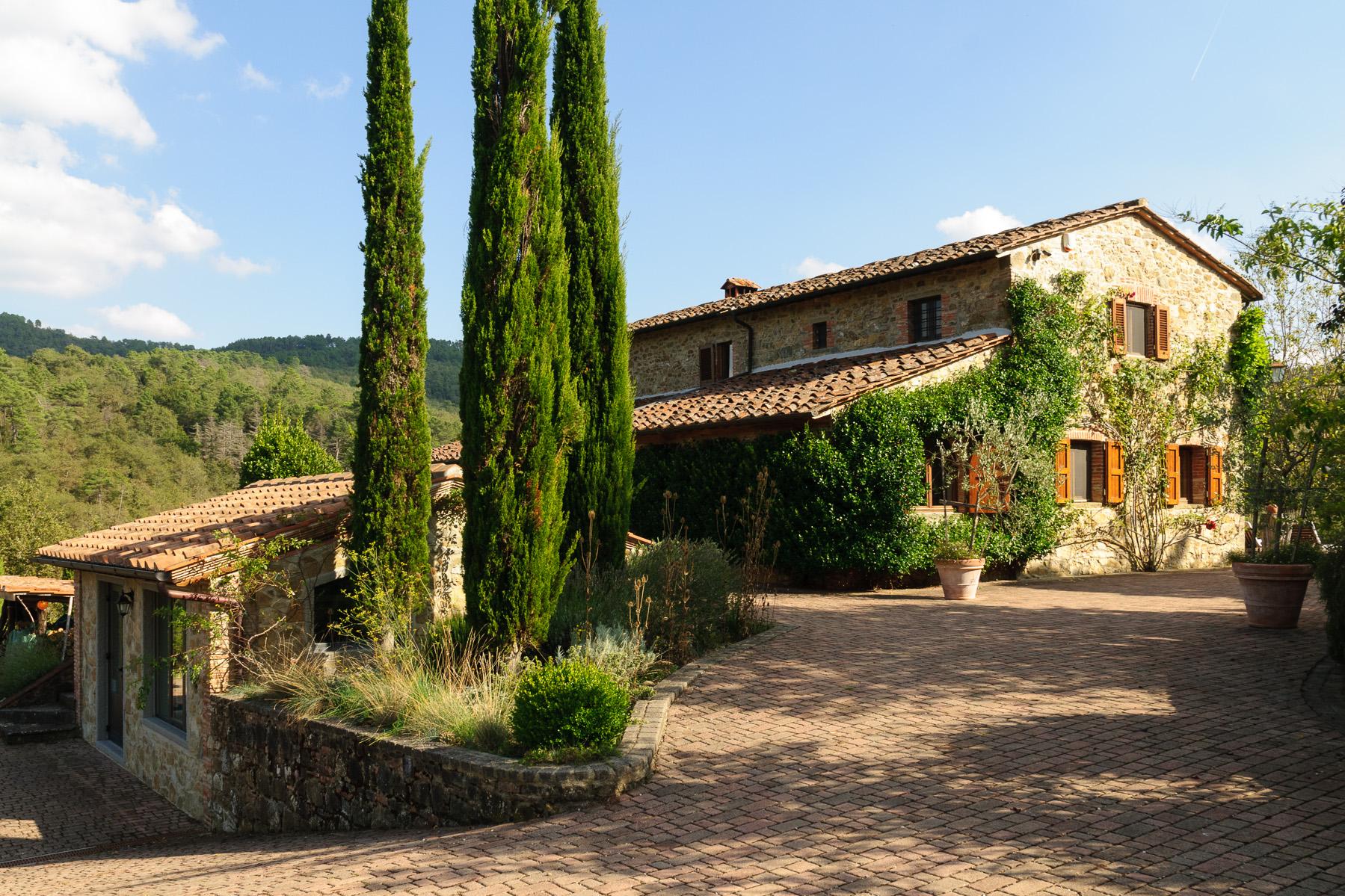 独户住宅 为 销售 在 Country Retreat in Chianti Classico Siena, Siena 意大利