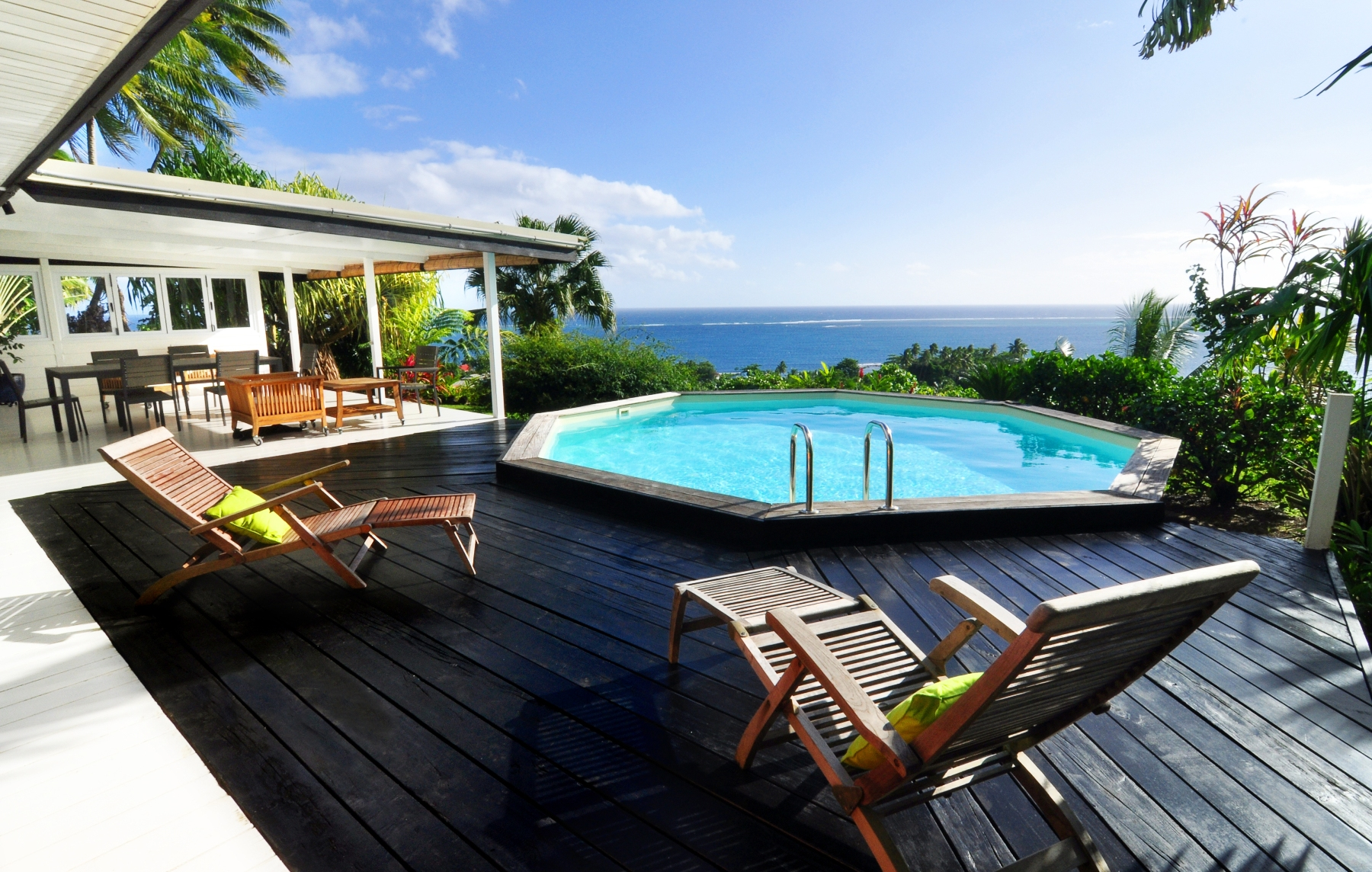 Single Family Home for Sale at Beautiful property located on a mythical site Teahupoo, Tahiti French Polynesia