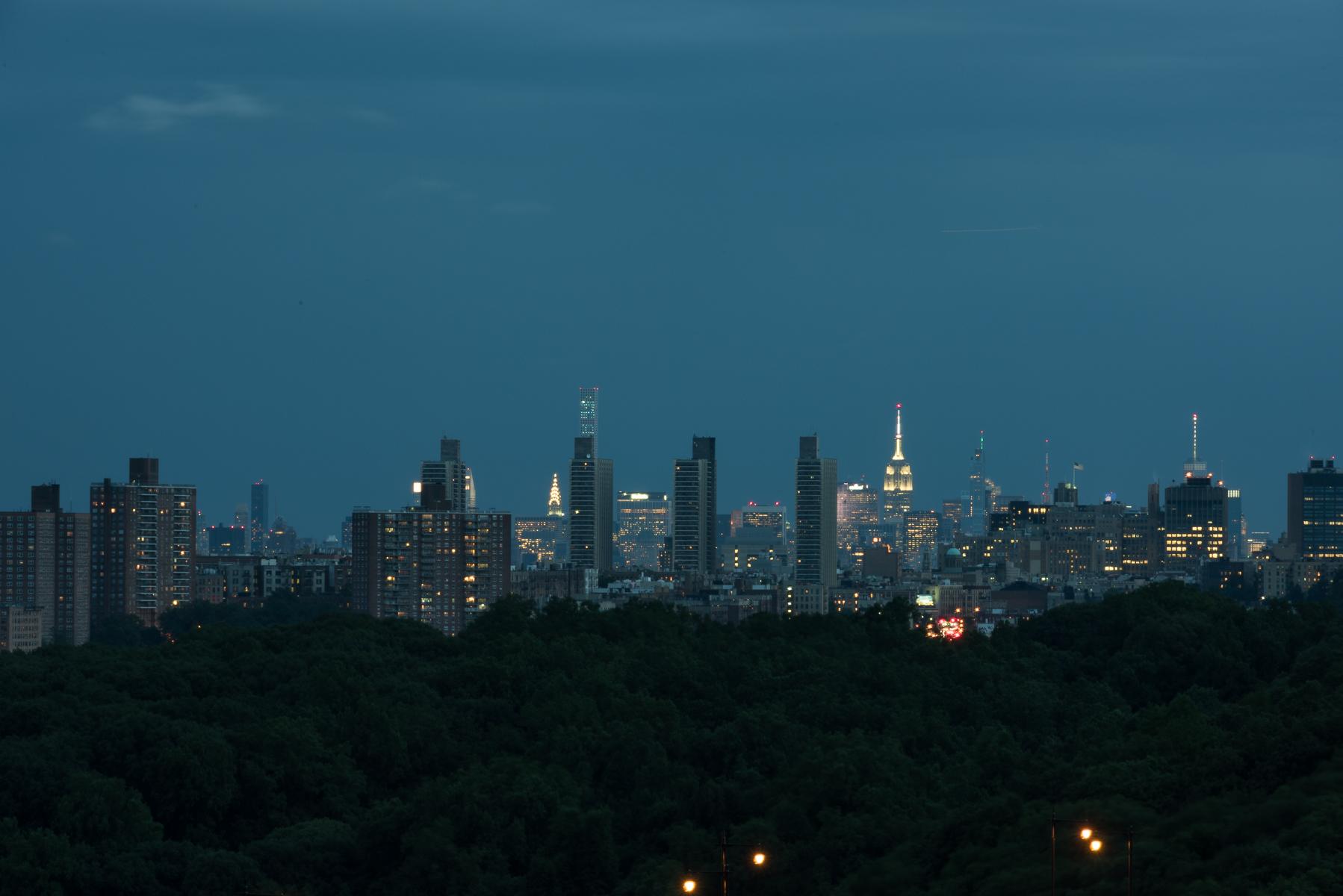 Copropriété pour l Vente à Stunning City and River Views 3 BR 735 Kappock Street 12C Riverdale, New York 10463 États-Unis