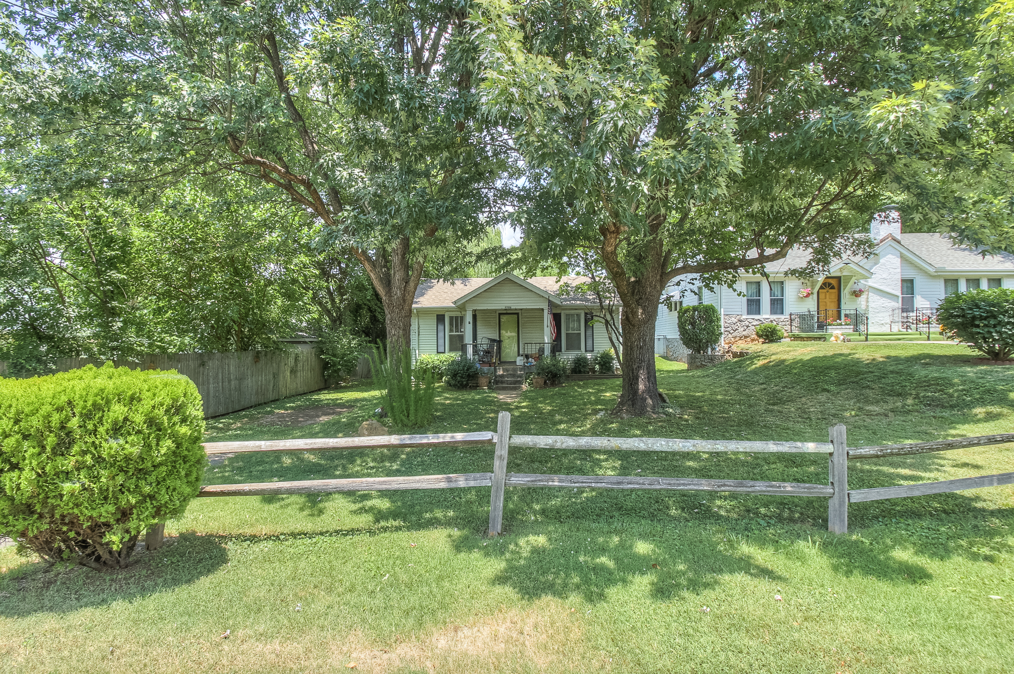 Single Family Home for Sale at Great Area, Amazing Potential 4905 Nevada Avenue Nashville, Tennessee, 37209 United States