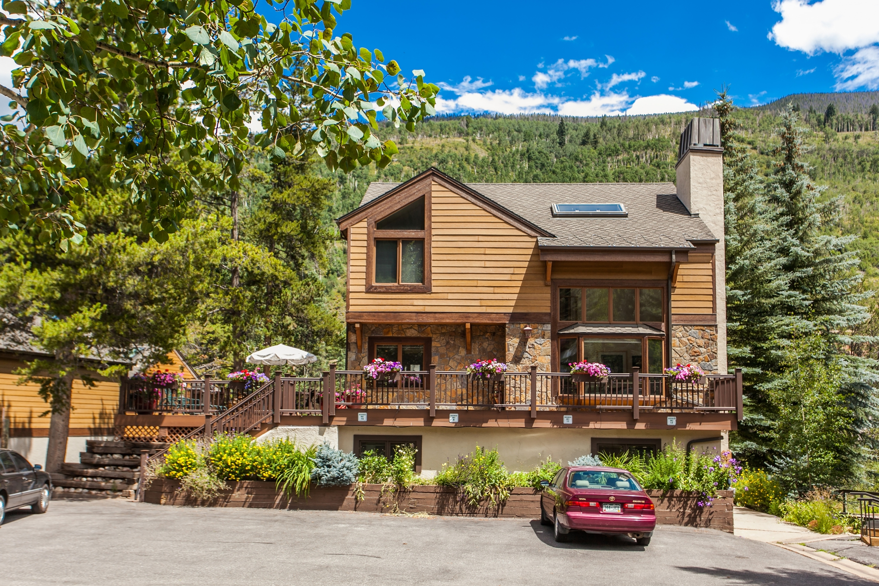 Vivienda unifamiliar por un Venta en Riverbend at Vail #11 4800 Meadow Drive #11 East Vail, Vail, Colorado 81657 Estados Unidos