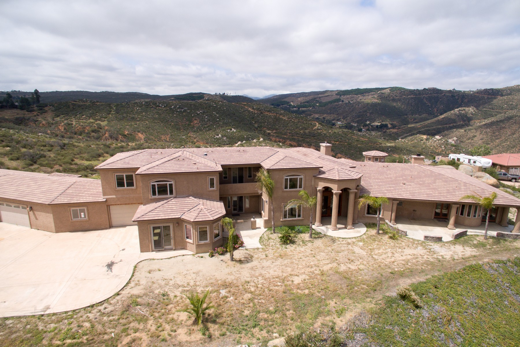 Single Family Home for Sale at 20516 Rancho Villa Road Ramona, California 92065 United States