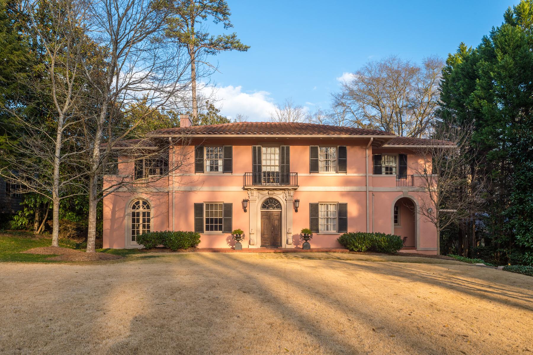 Casa Unifamiliar por un Venta en Lewis Crook Mediterranean 2953 Habersham Road NW Atlanta, Georgia 30305 Estados Unidos