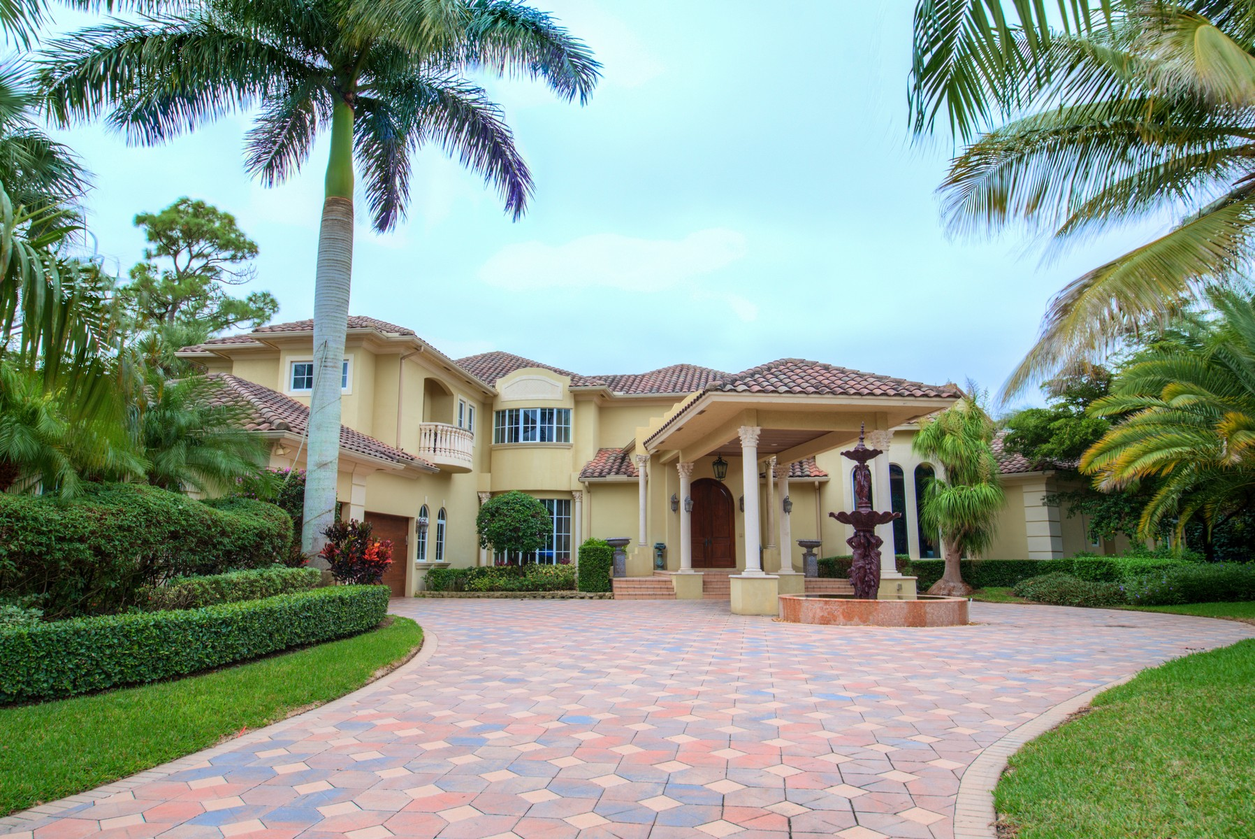 Casa Unifamiliar por un Venta en 1631 Flagler Parkway West Palm Beach, Florida 33411 Estados Unidos