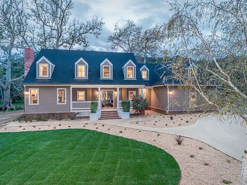 Casa Unifamiliar por un Venta en Meticulously Remodeled 10425 Dover Canyon Road Templeton, California 93465 Estados Unidos