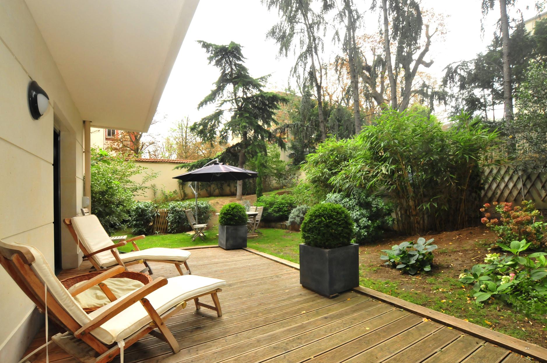 Apartment for Sale at Apartment - Pasteur Neuilly, Ile-De-France 92200 France