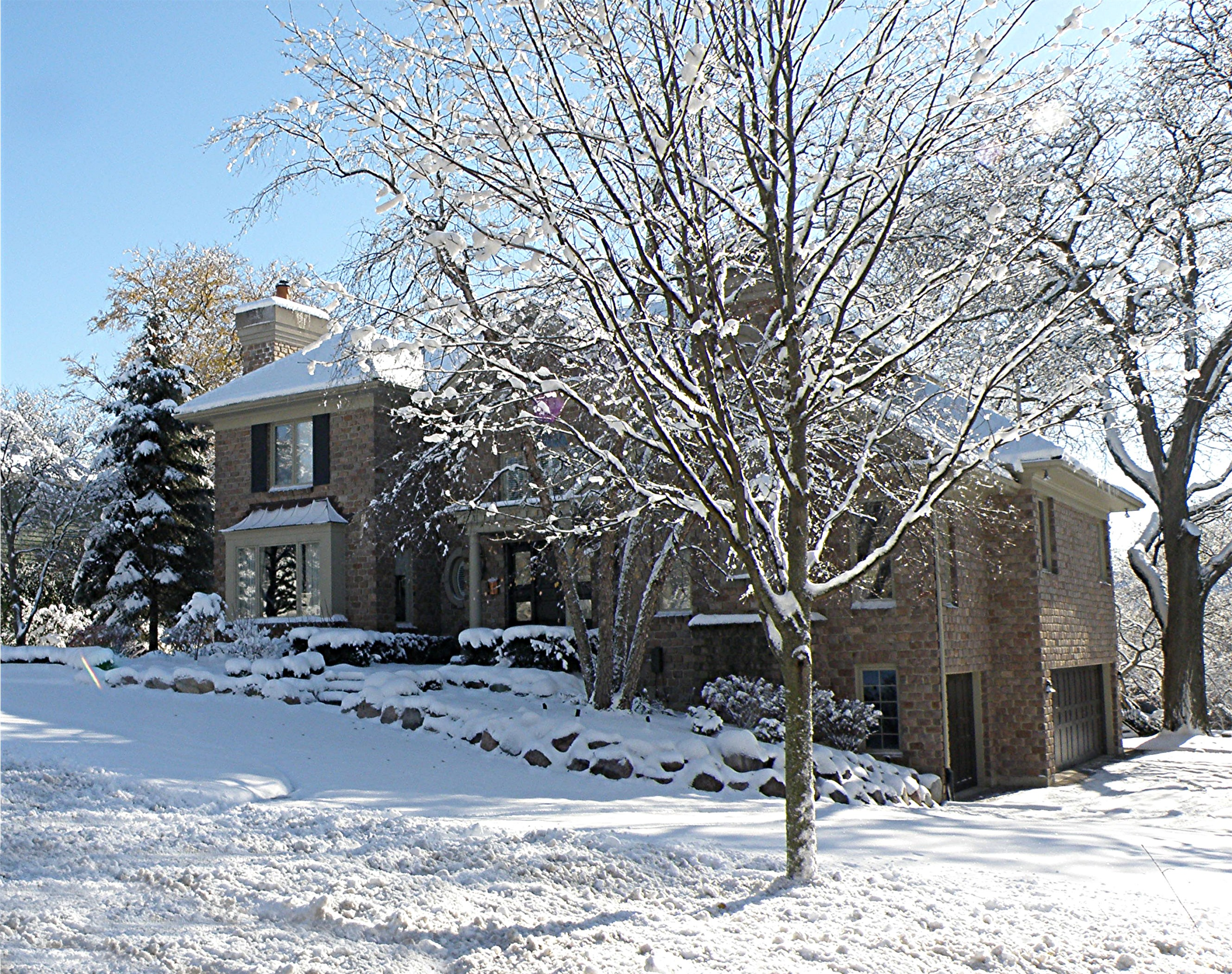 Single Family Home for Sale at 728 W North 728 North St Hinsdale, Illinois 60521 United States