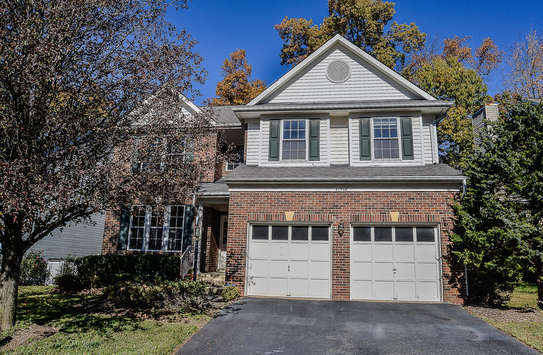 Property For Sale at 47568 Saulty Drive, Sterling