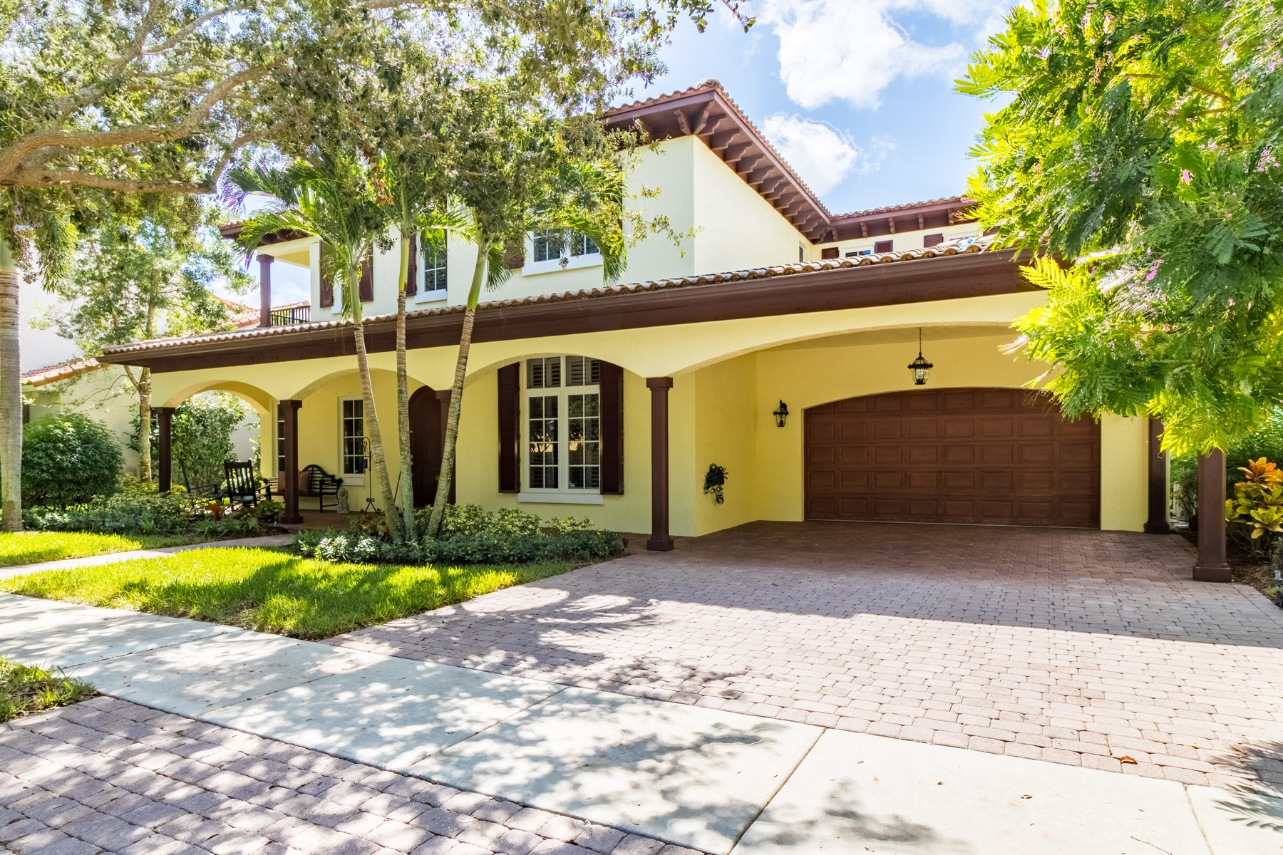Single Family Home for Sale at 126 Segovia Way Jupiter, Florida, 33458 United States