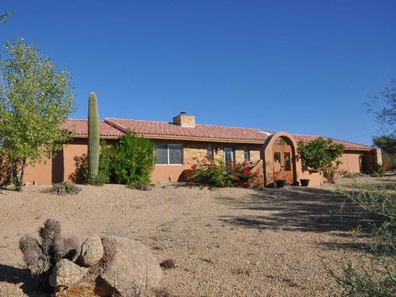 Single Family Home for Sale at Completely Remodeled Carefree Home with Guest House 7270 E Scopa Trail Carefree, Arizona 85377 United States