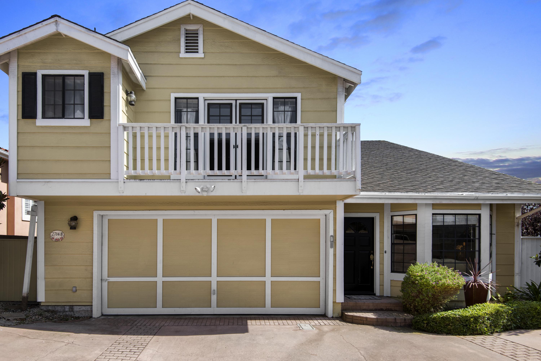 Villetta a schiera per Vendita alle ore 2714 Carnegie Lane #B Redondo Beach, California, 90278 Stati Uniti