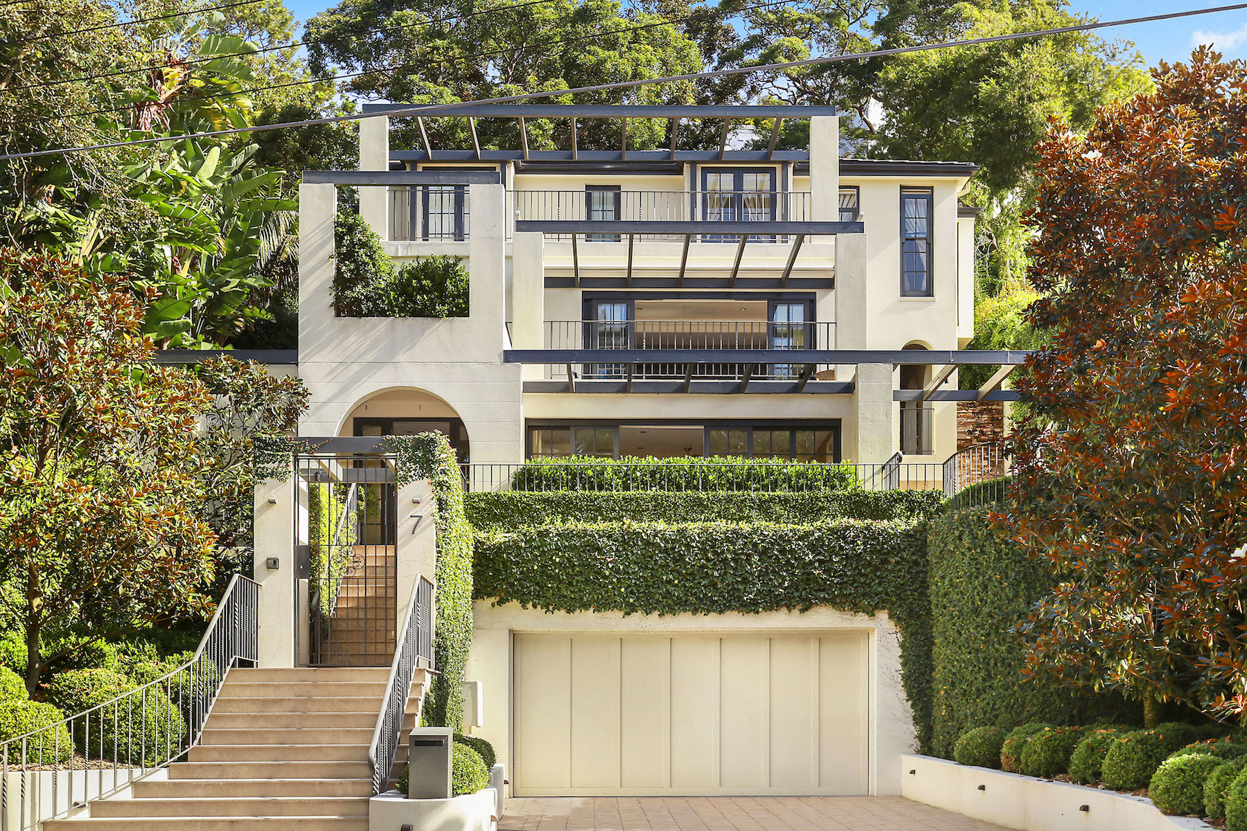 sales property at 7 Olola Avenue, Vaucluse