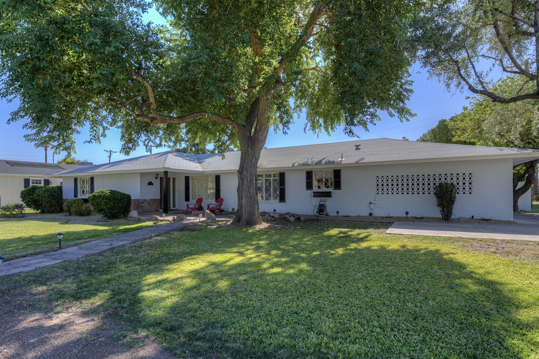 sales property at Beautiful El Coronado Estate Ranch style home on corner lot