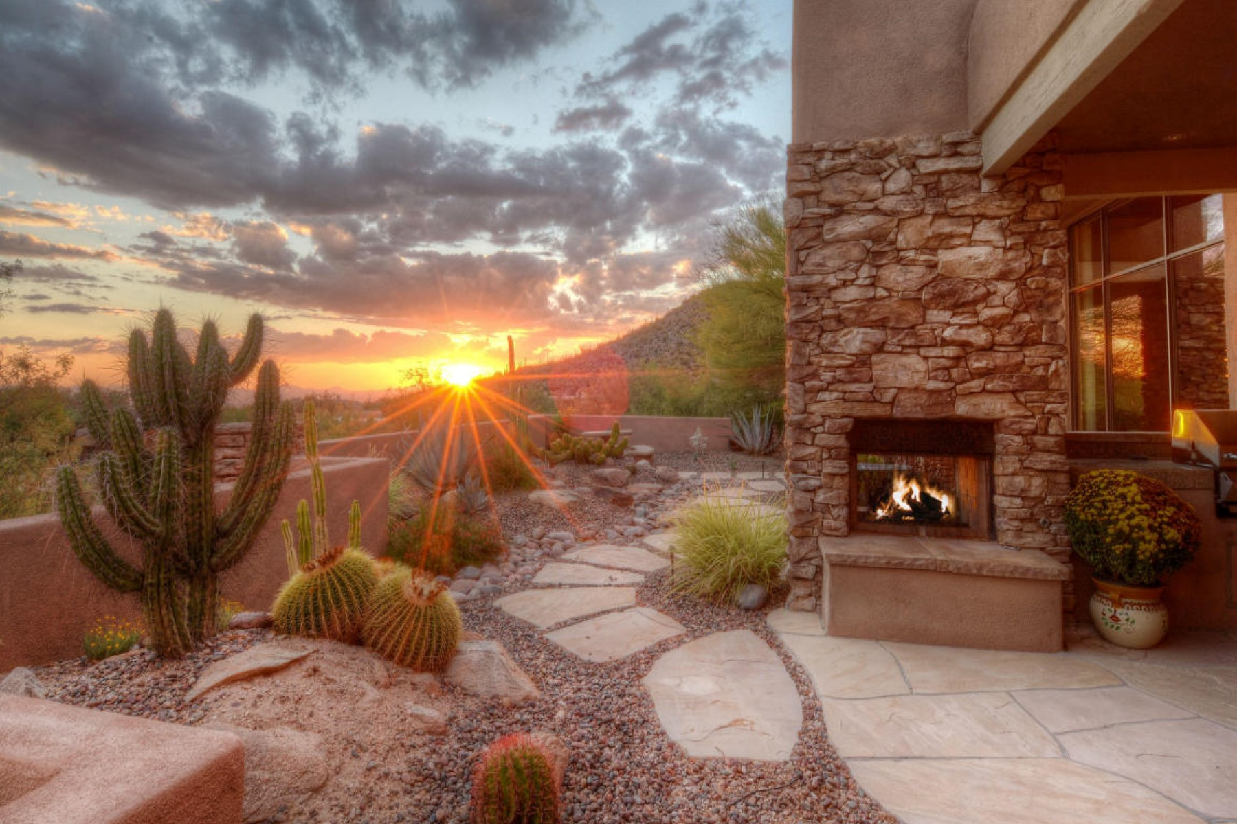 Property For Sale at Beautiful home with spectacular views in Dove Mountain