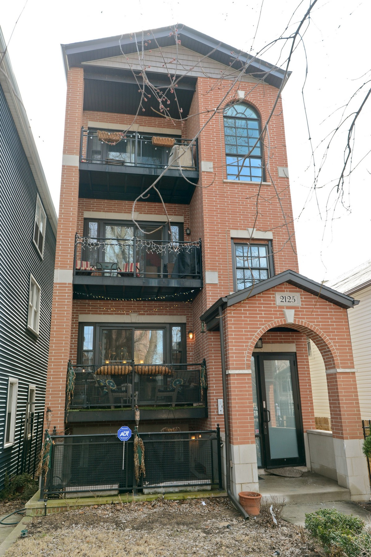 sales property at Spacious Roscoe Village Duplex