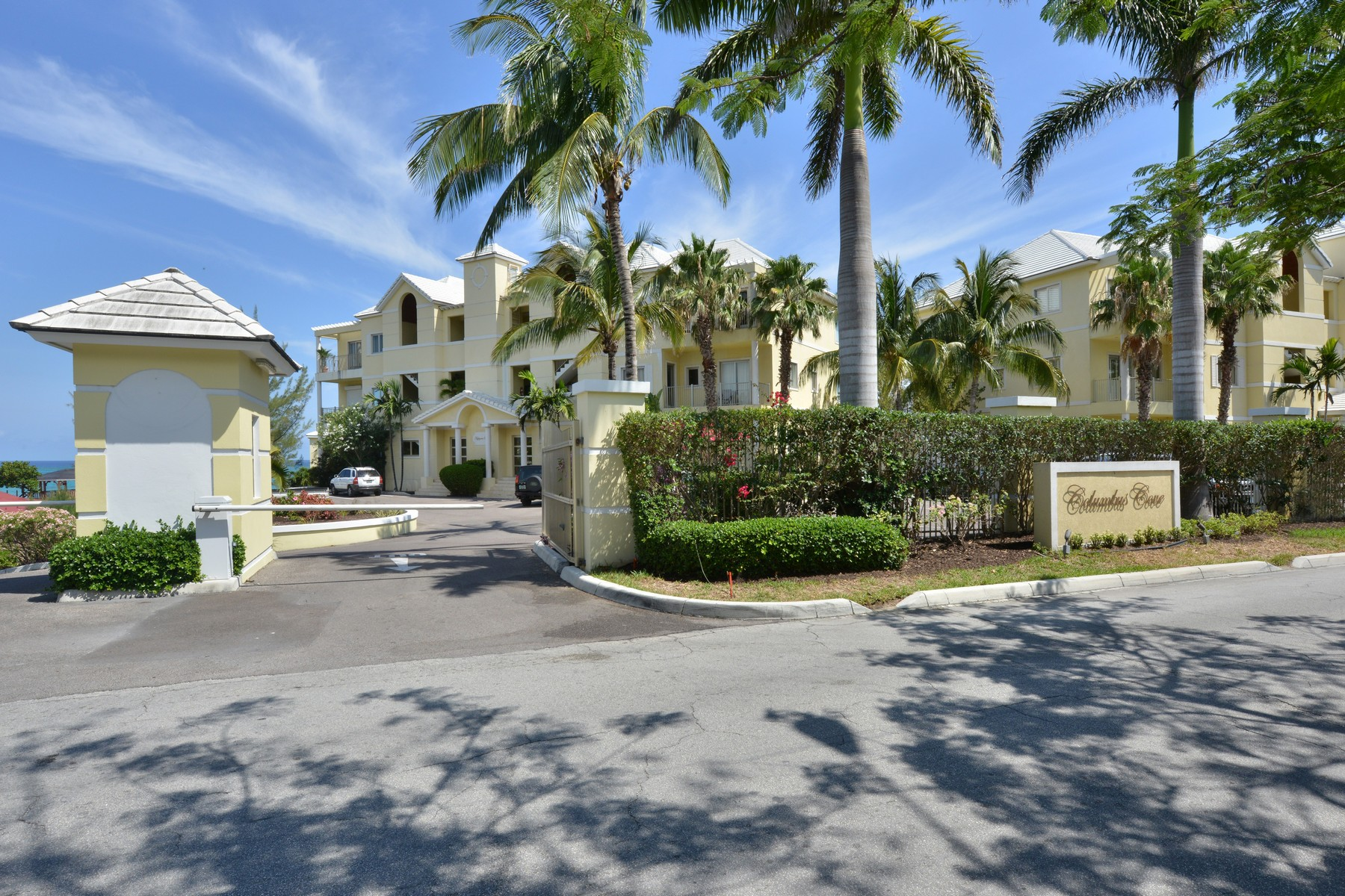 Additional photo for property listing at Columbus Cove #105 Columbus Cove #105 West Bay Street Love Beach, Nassau And Paradise Island 0 Bahamas