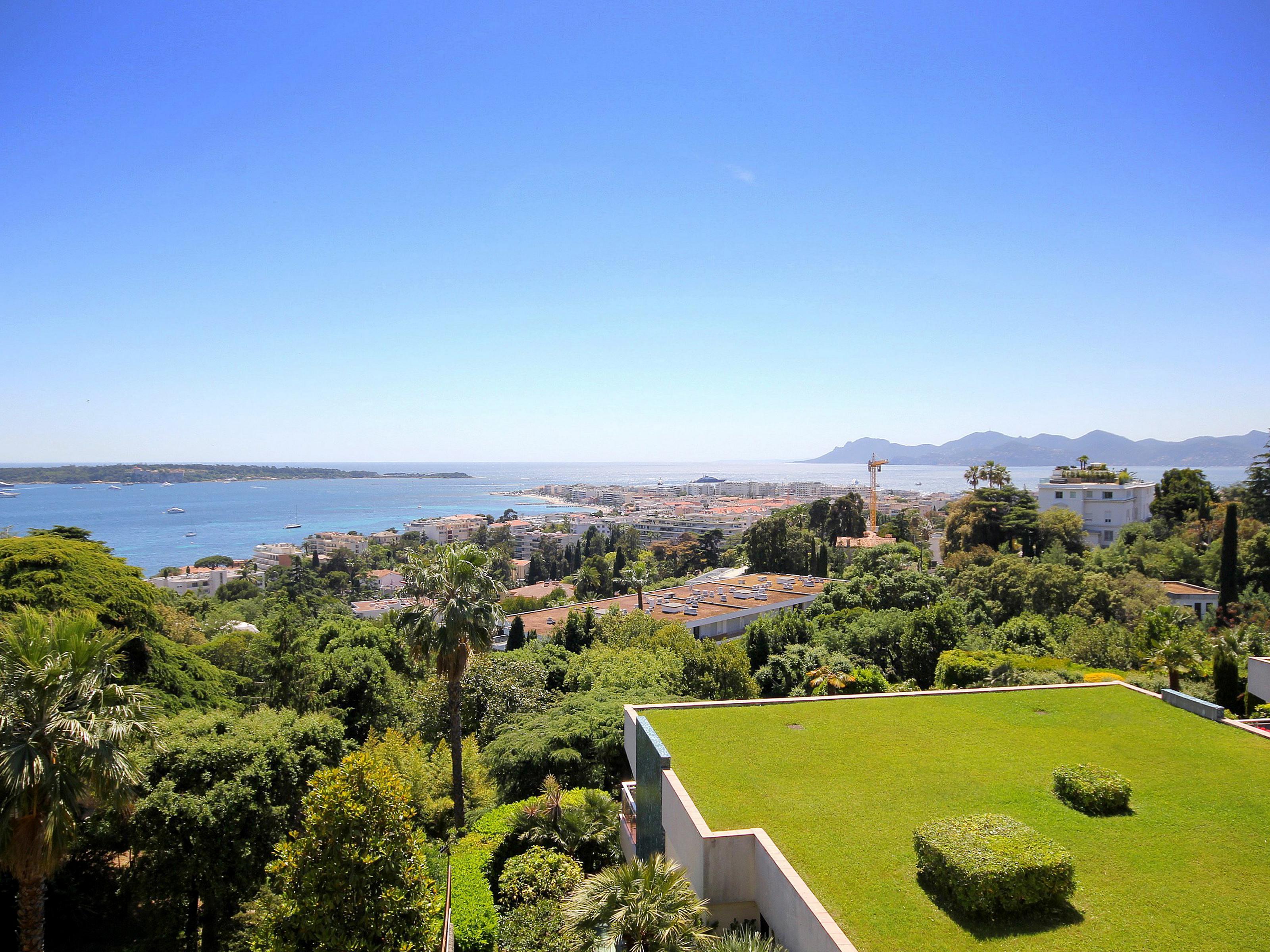 公寓 为 销售 在 Apartment in Cannes Californie Cannes, 普罗旺斯阿尔卑斯蓝色海岸 06400 法国