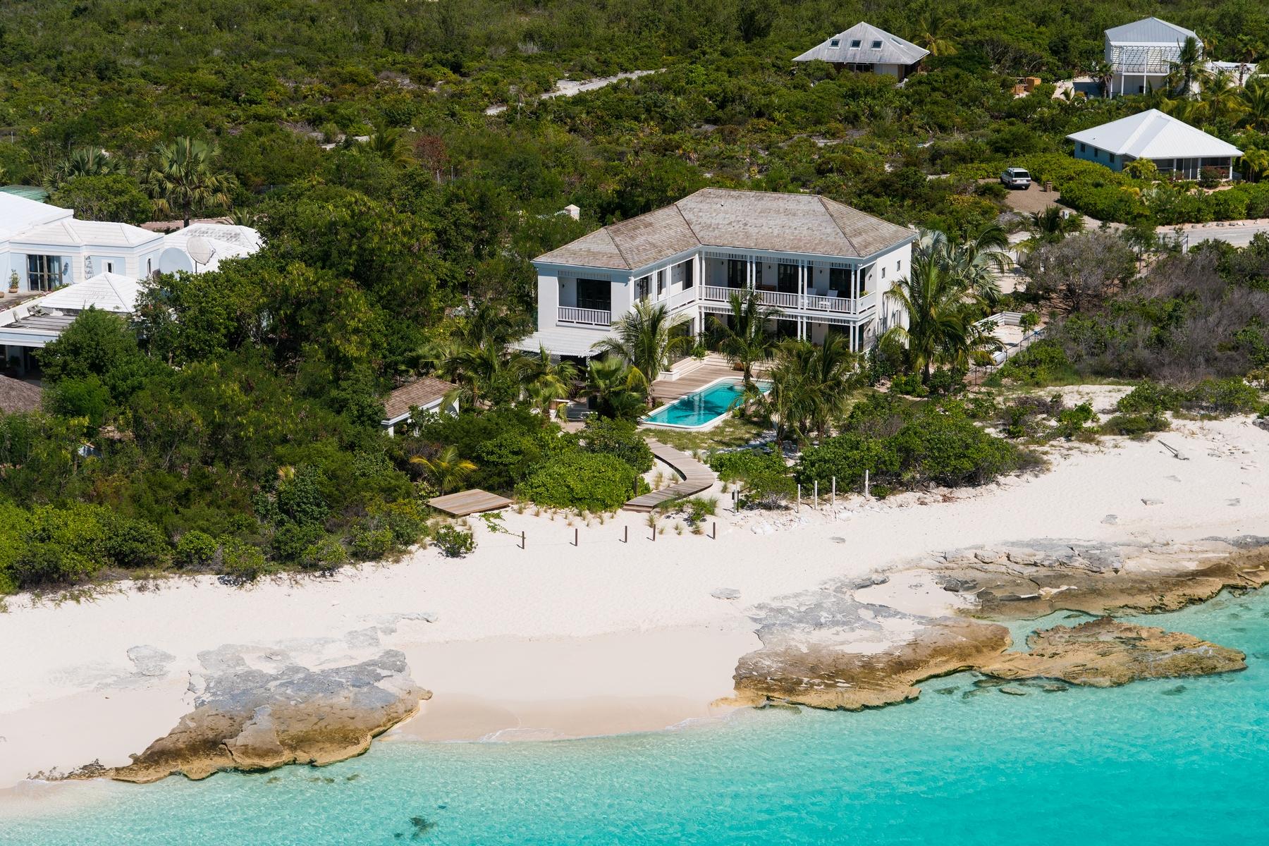 Property Of Saving Grace - Luxurious Beachfront Villa