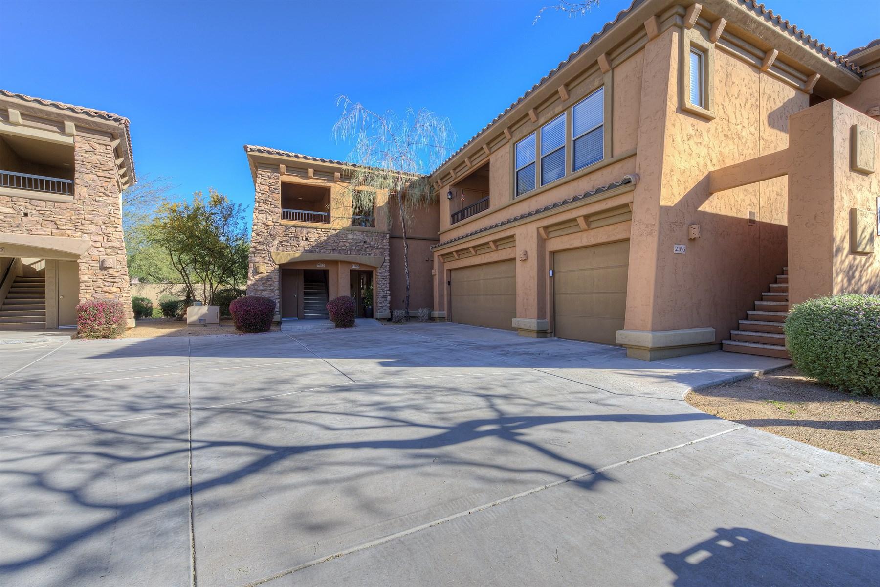 多棟聯建住宅 為 出售 在 Ground Level 3 Bedroom Unit in Gated Villages at Grayhawk 19700 N 76th Street #1185 Scottsdale, 亞利桑那州 85255 美國