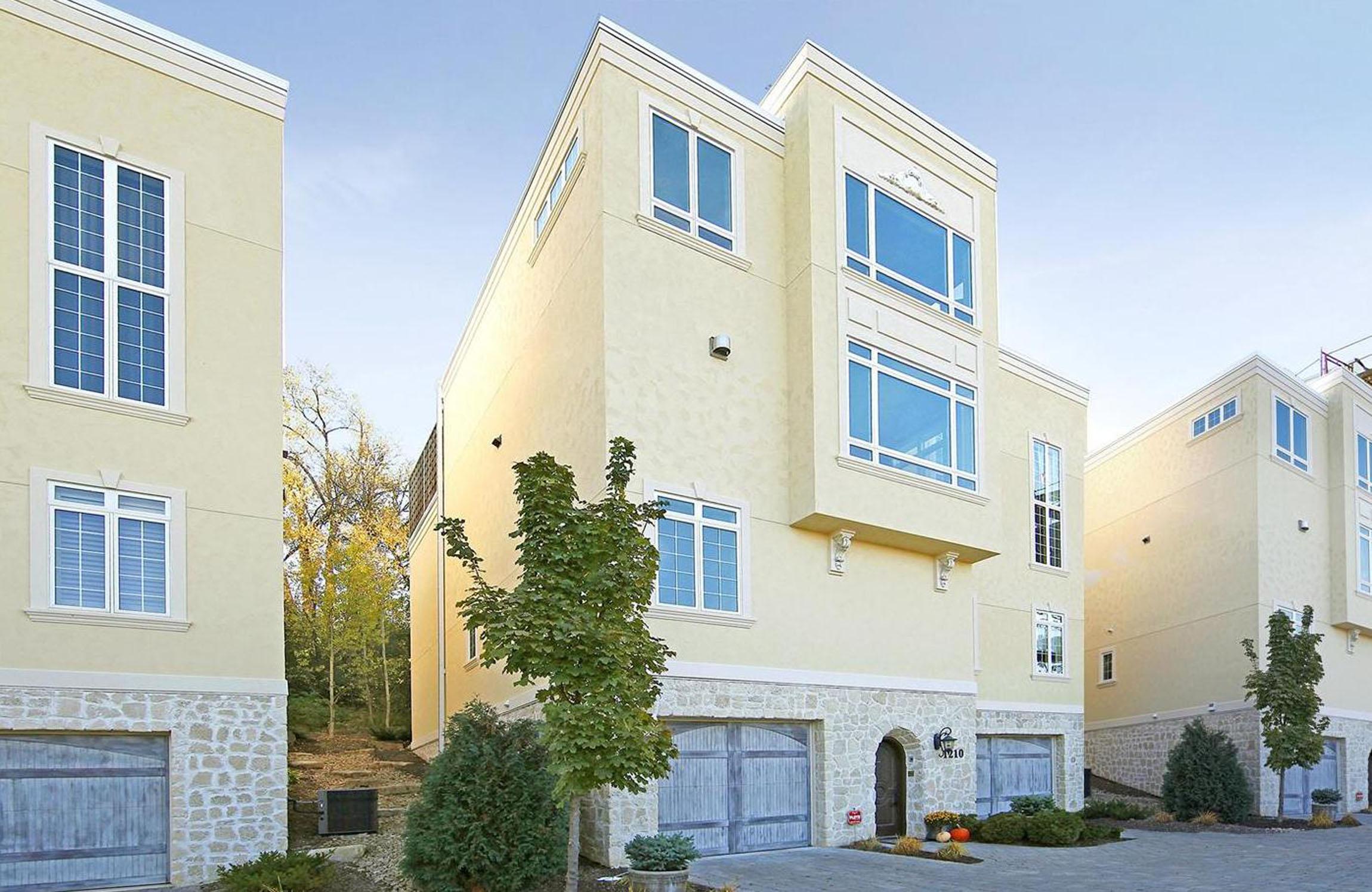 Einfamilienhaus für Verkauf beim 1210 Sibley Memorial Highway Mendota, Minnesota, 55150 Vereinigte Staaten