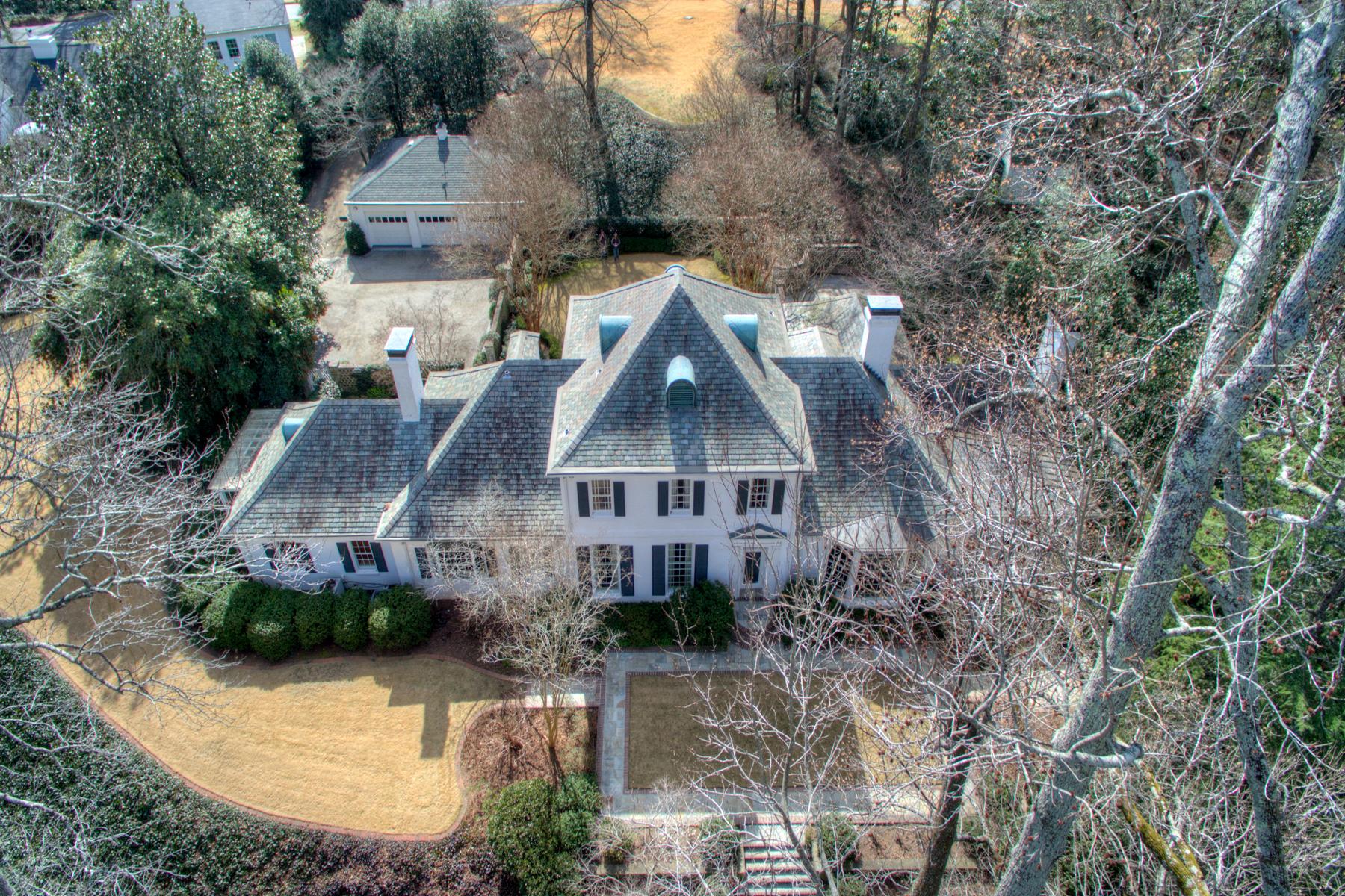 단독 가정 주택 용 매매 에 Extraordinary Elegant Residence On Large Private Lot 103 Woodbine Circle Newnan, 조지아, 30263 미국