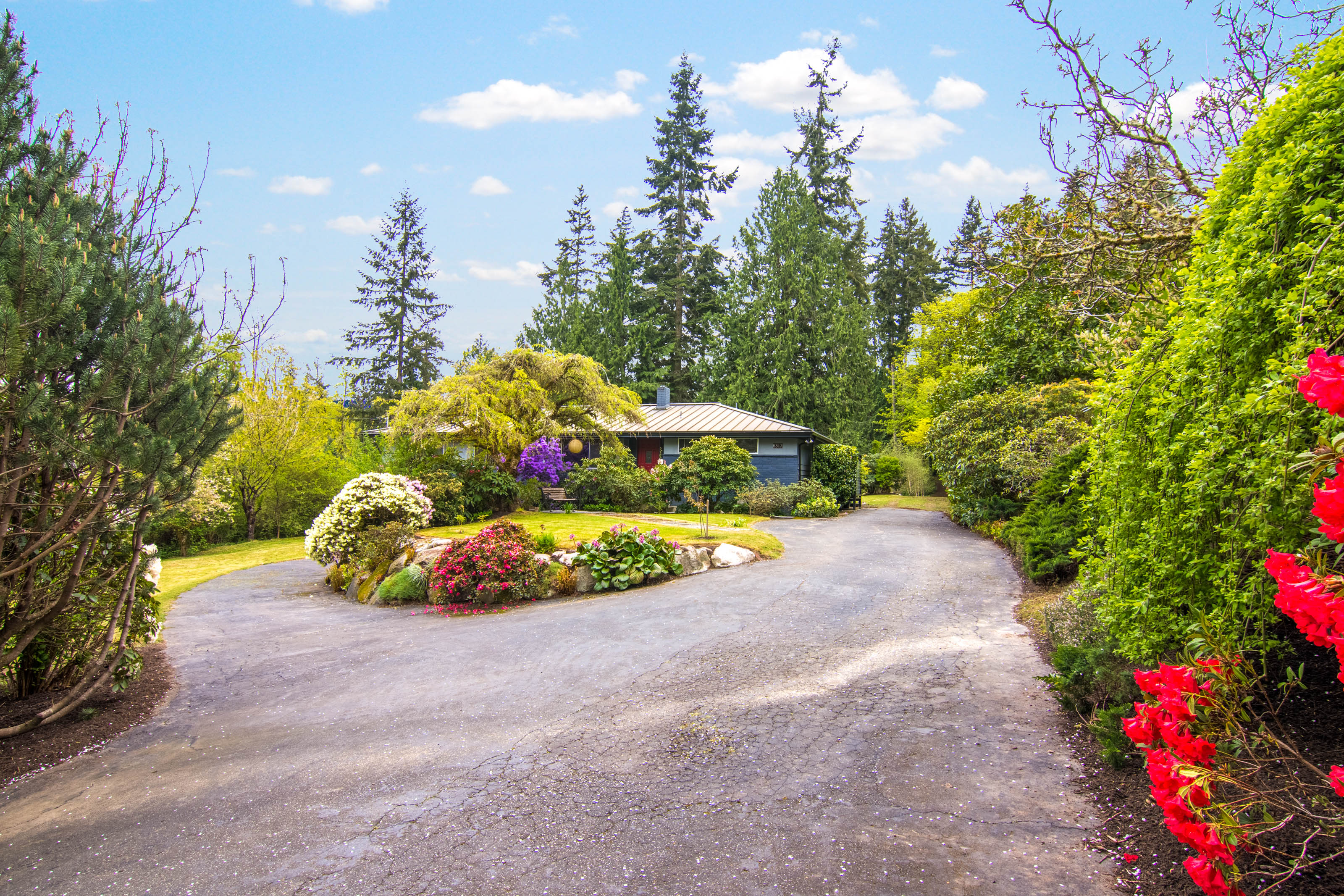 Single Family Home for Sale at 4 Acres in Port Madison 8317 NE Hidden Cove Rd Bainbridge Island, Washington, 98110 United States