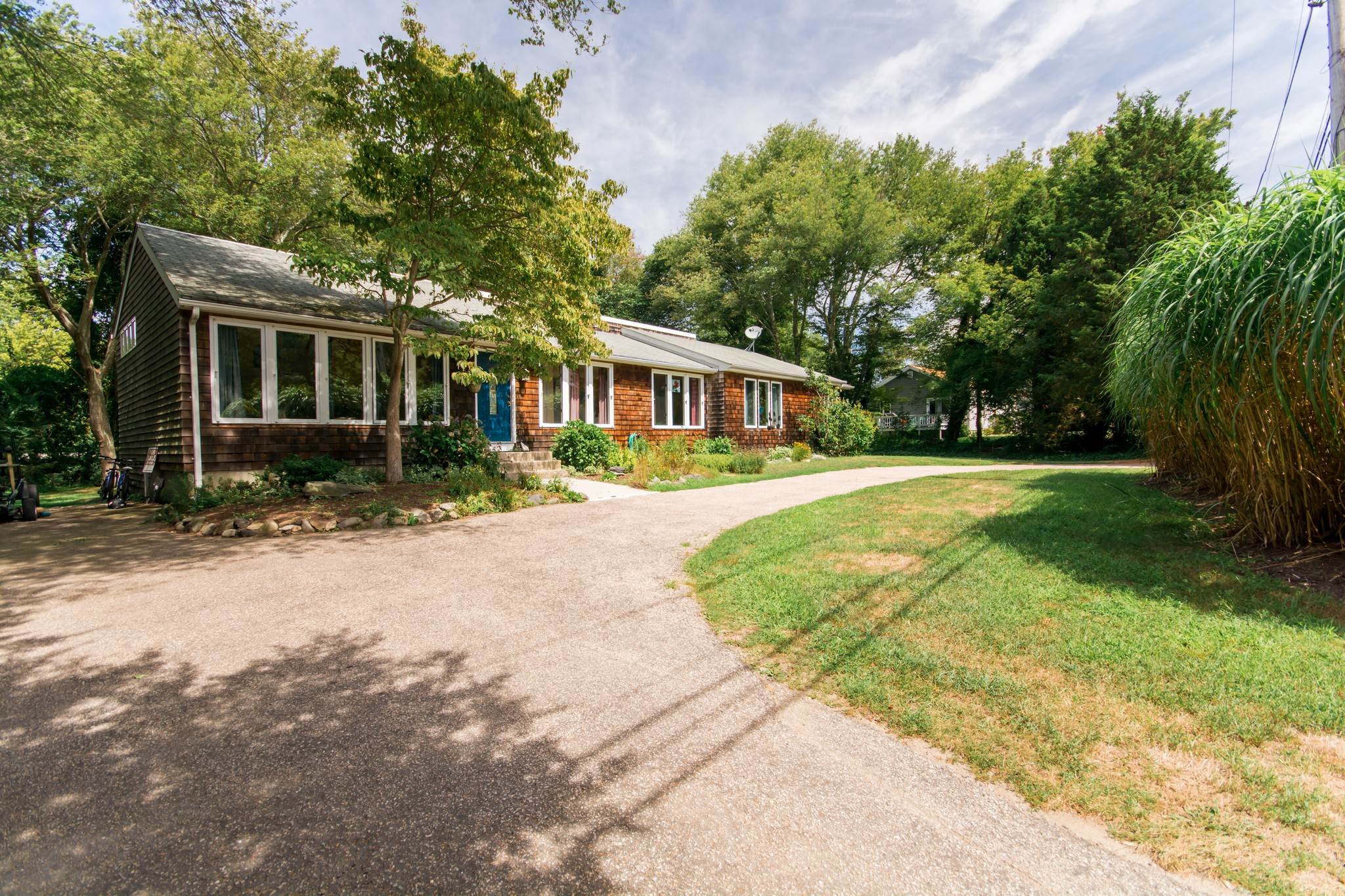 Single Family Home for Sale at Jamestown Shores 20 Hull Street Jamestown, Rhode Island 02835 United States