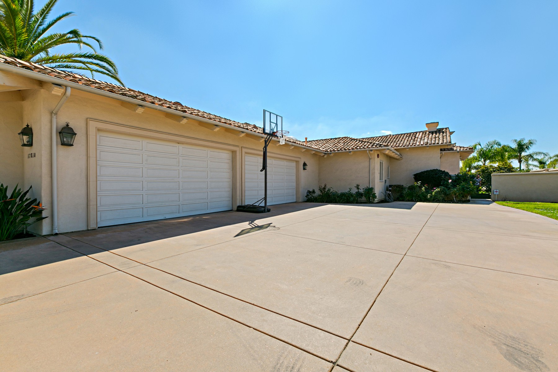 Additional photo for property listing at 17810 Old Winemaster Way  Poway, California 92064 Estados Unidos