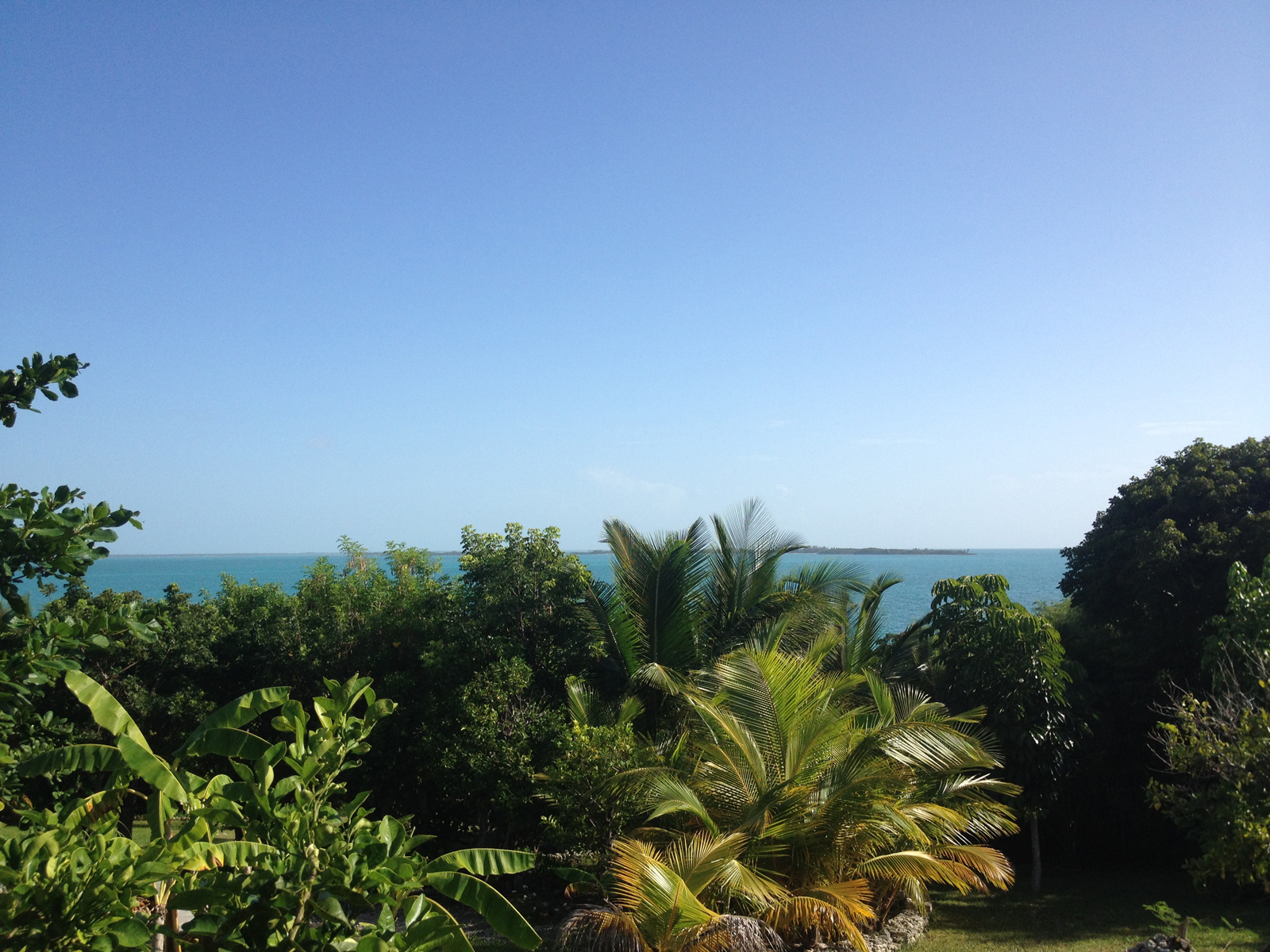 Additional photo for property listing at Russell Island Acreage with Dock Spanish Wells, Eleuthera Bahamas