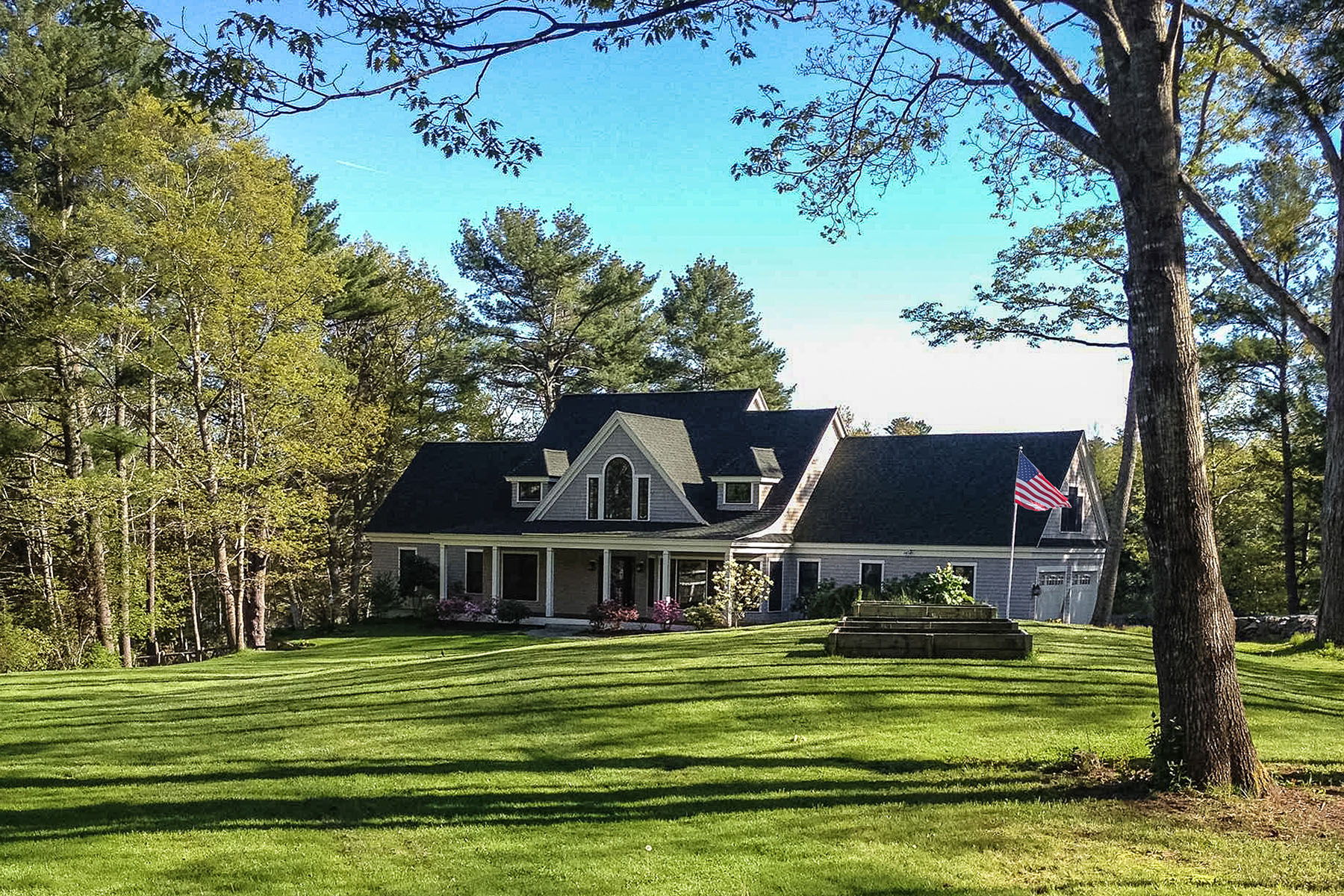 Single Family Home for Sale at Lea Shores 20 Lea Shores Road Woolwich, Maine 04579 United States
