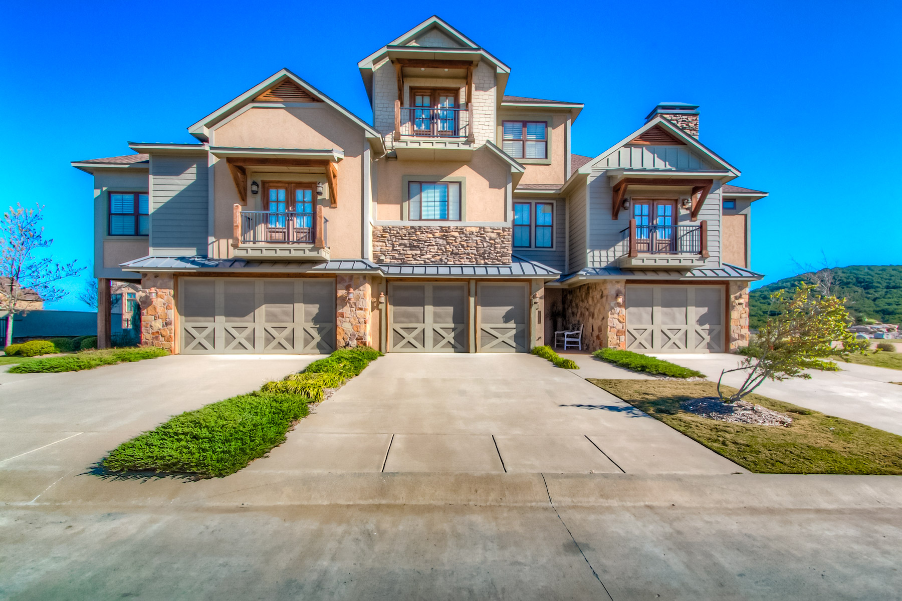 Single Family Home for Sale at Rustic, Villa, Hill Country Harbor 1014 Chapel Ridge Graford, Texas, 76449 United States