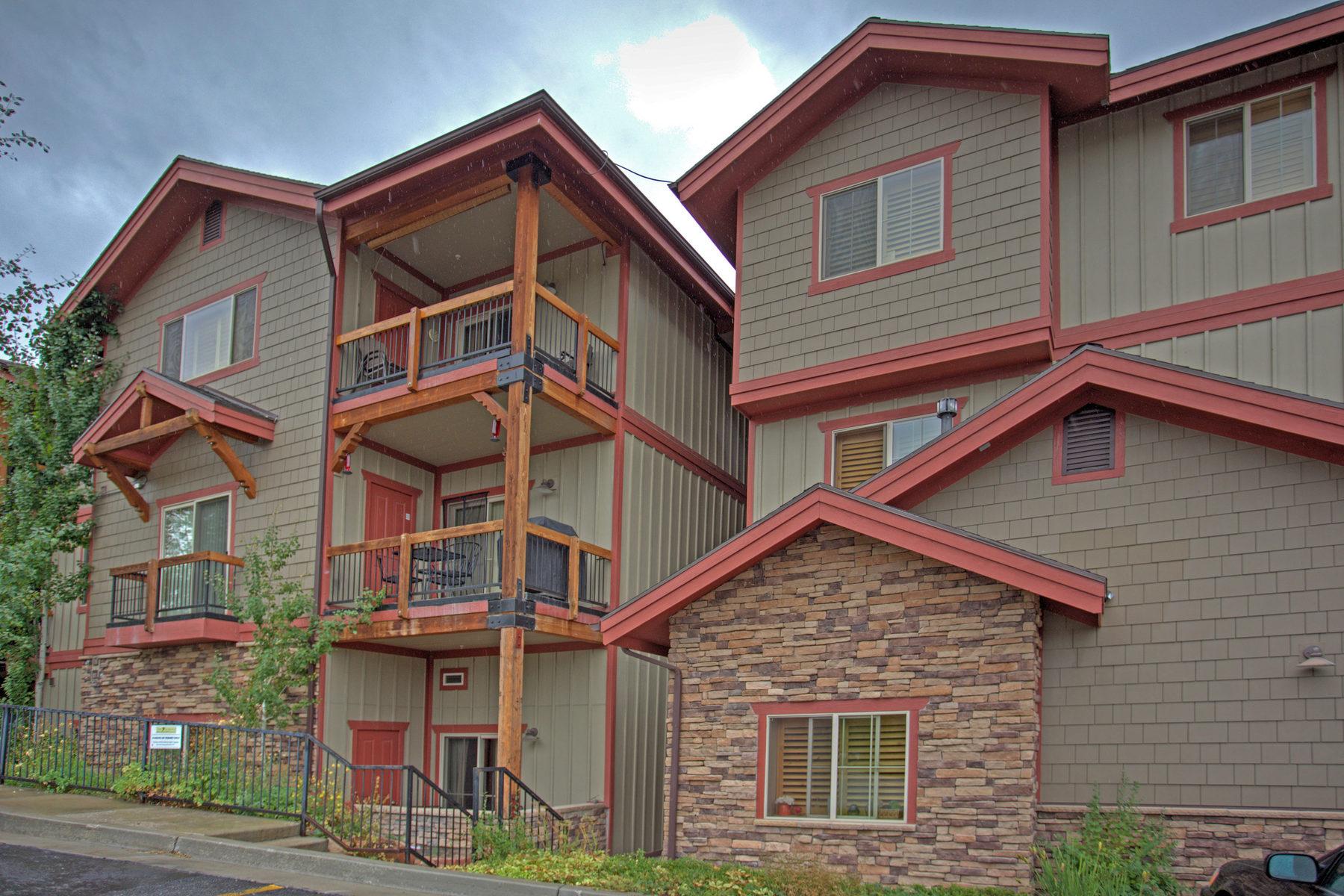 Condominium for Sale at Beautiful Corner Unit with Nice Views 5501 Lillehammer Ln #4309 Park City, Utah 84098 United States