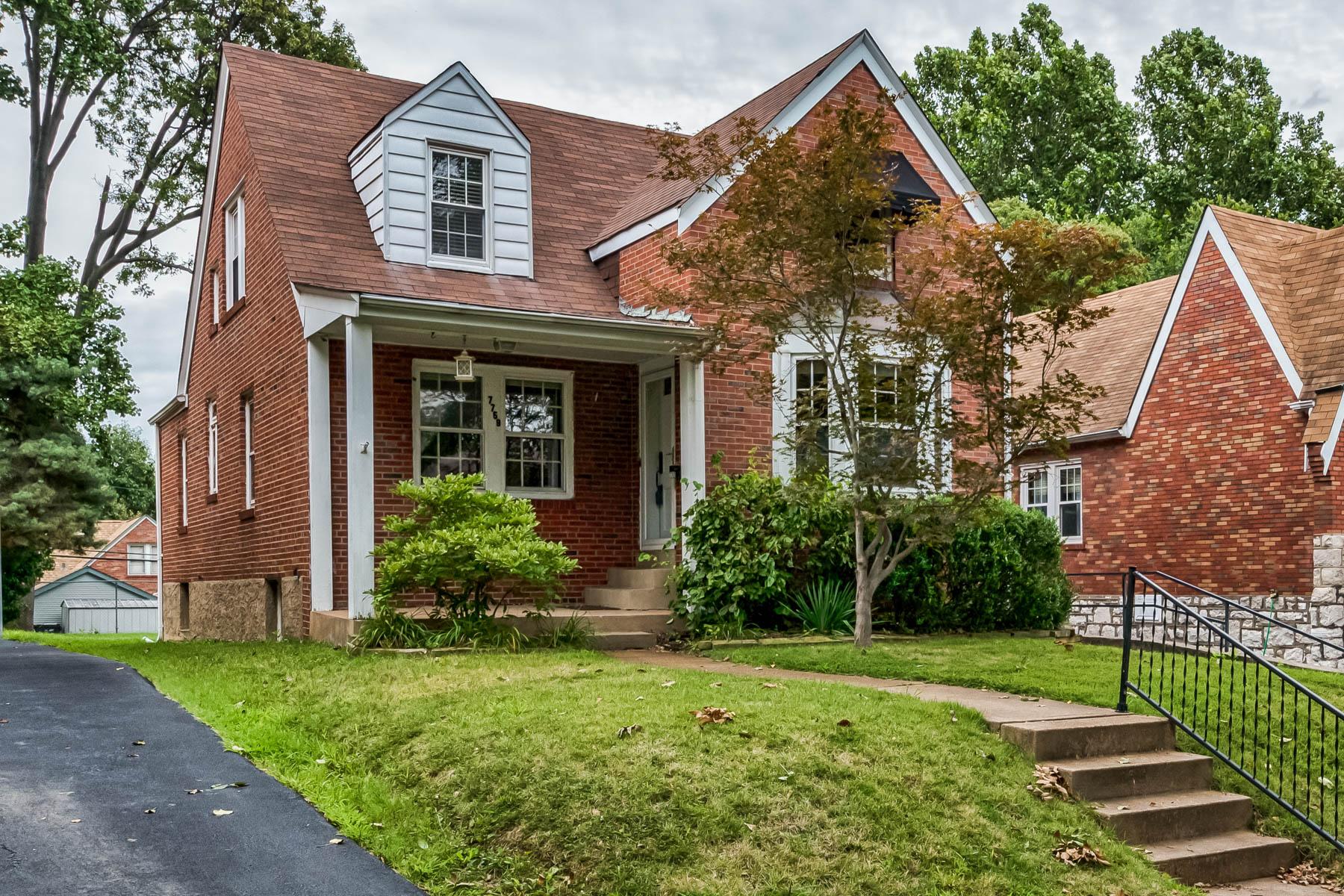 Casa para uma família para Venda às Richmond Heights 7759 Gissler Ave Richmond Heights, Missouri 63117 Estados Unidos