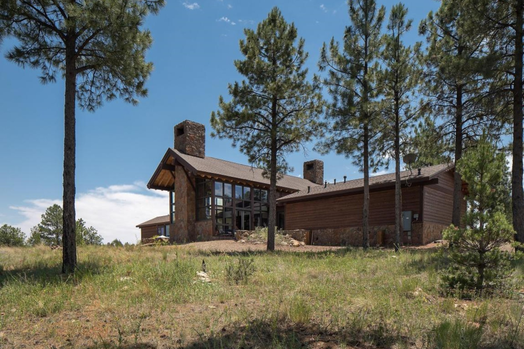 Single Family Home for Sale at Spectacularly elegant mountain retreat 424 S Fourth St Flagstaff, Arizona, 86004 United States