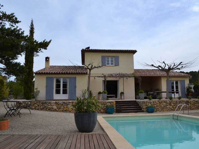 Single Family Home for Rent at Beautifully decorated villa Tourtour, Provence-Alpes-Cote D'Azur 83690 France