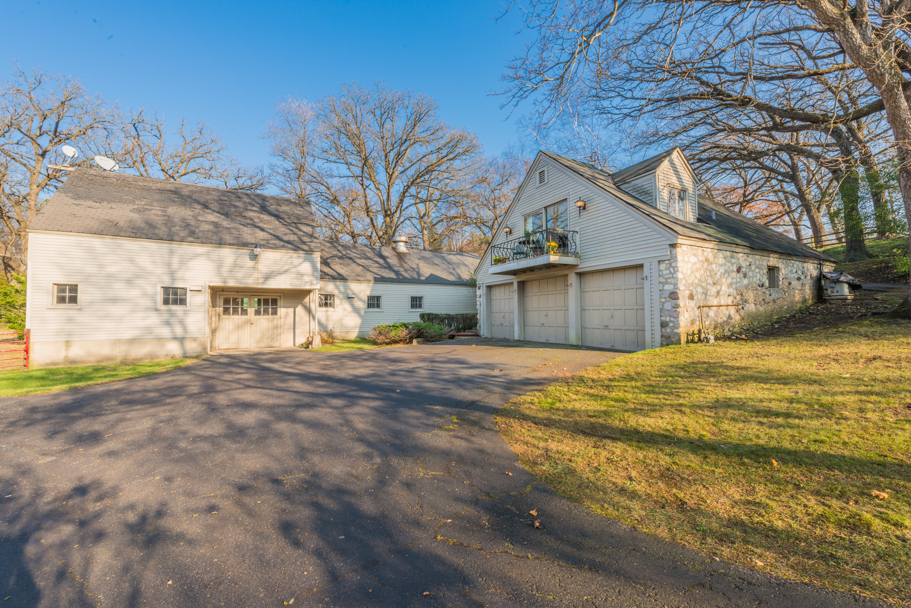 "Additional photo for property listing at ""Chaumont"" 291 Donlea Road Barrington Hills, Illinois 60010 United States"