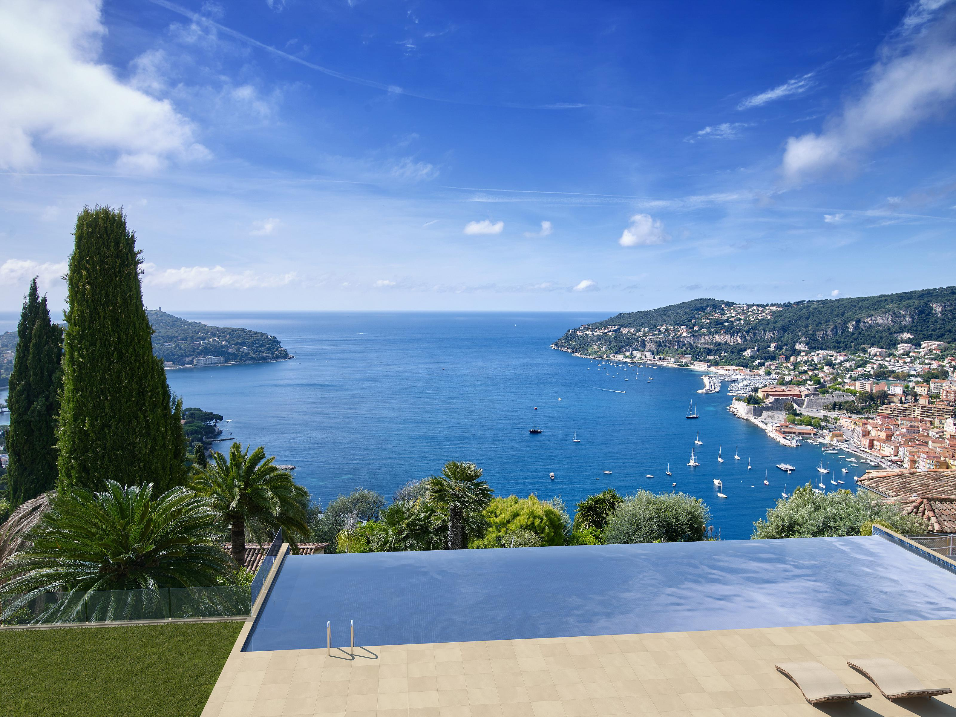 단독 가정 주택 용 매매 에 South sloping estate overlooking the bay of Villefranche Villefranche Sur Mer Villefranche Sur Mer, 프로벤스 앞ㄹ프스 코테 D'Azur 06230 프랑스