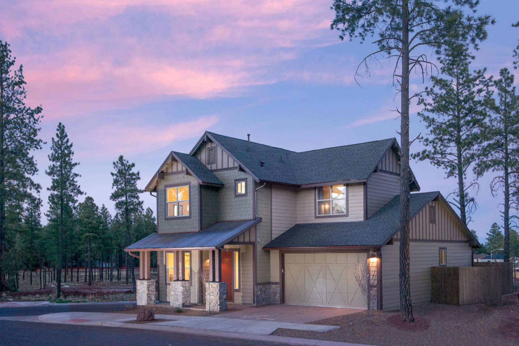 Casa para uma família para Venda às Quality construction to be built by Miramonte Homes 2856 W Pico Del Monte Lot 11B CIR Flagstaff, Arizona 86001 Estados Unidos