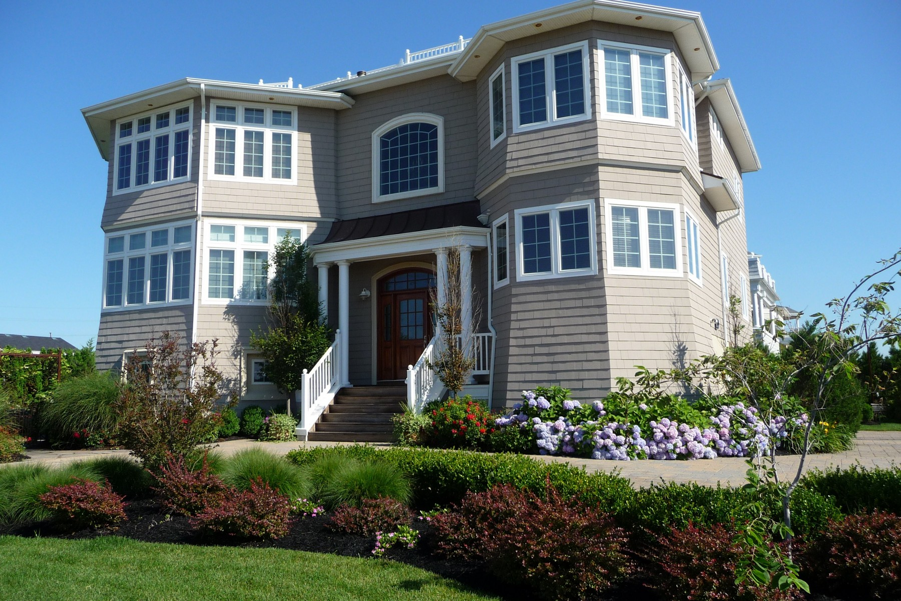 Single Family Home for Sale at Seaside Paradise 18 Tradewinds Ln Sea Bright, New Jersey 07760 United States