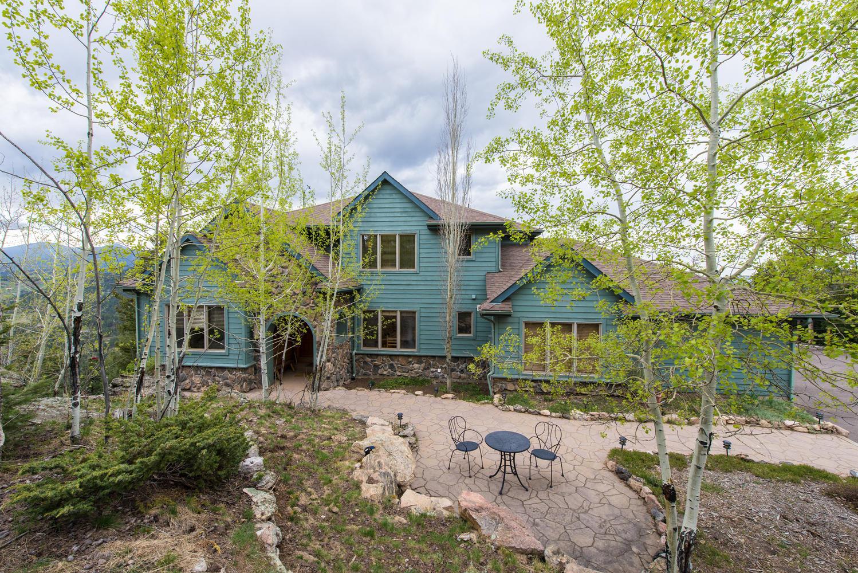 Maison unifamiliale pour l Vente à Snow capped Mount Evans Views 29494 Grayhawk Drive Evergreen, Colorado, 80439 États-Unis