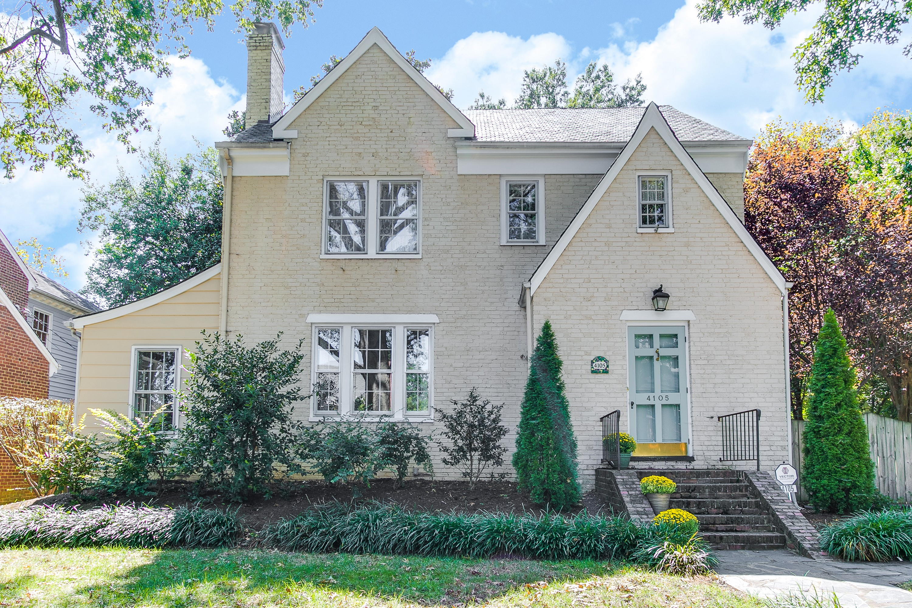 Single Family Home for Sale at 4105 Bromley Lane Richmond, Virginia, 23221 United States