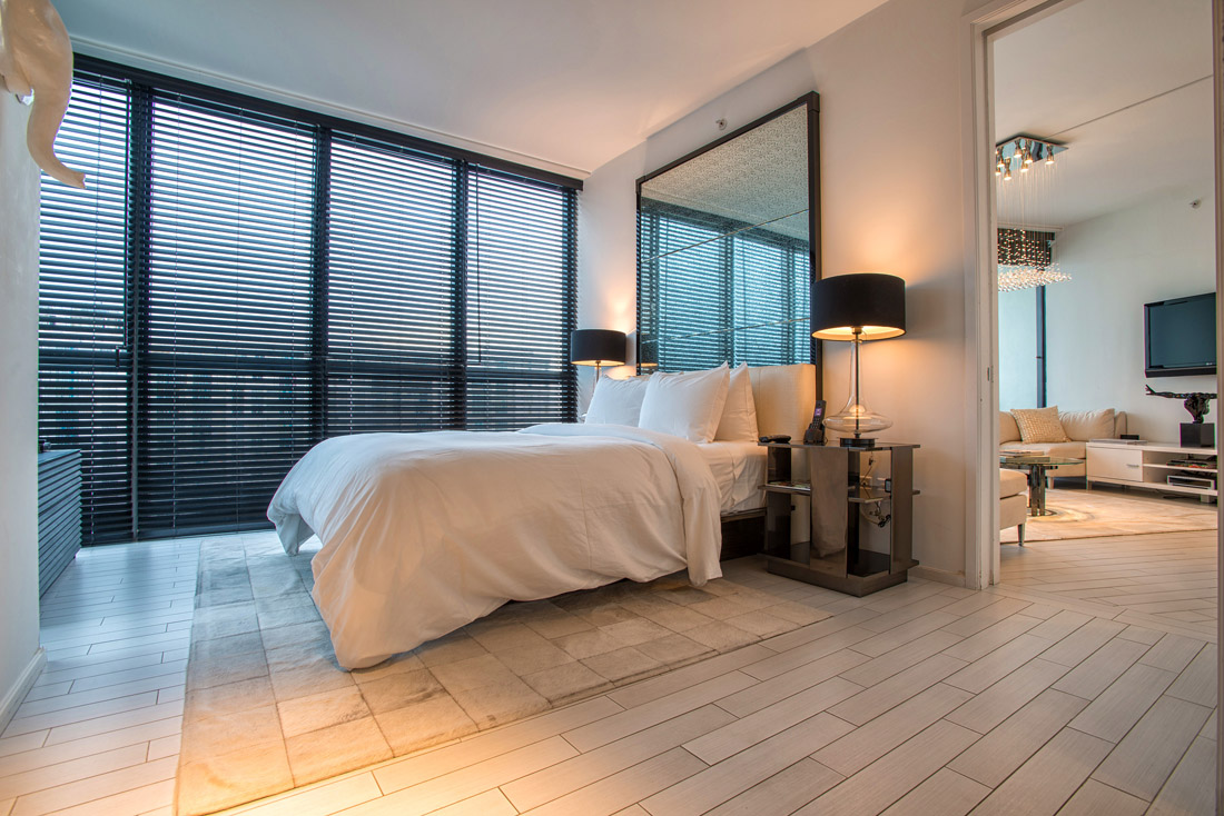 Condomínio para Venda às 2201 Collins Ave #1615 Miami Beach, Florida 33139 Estados Unidos